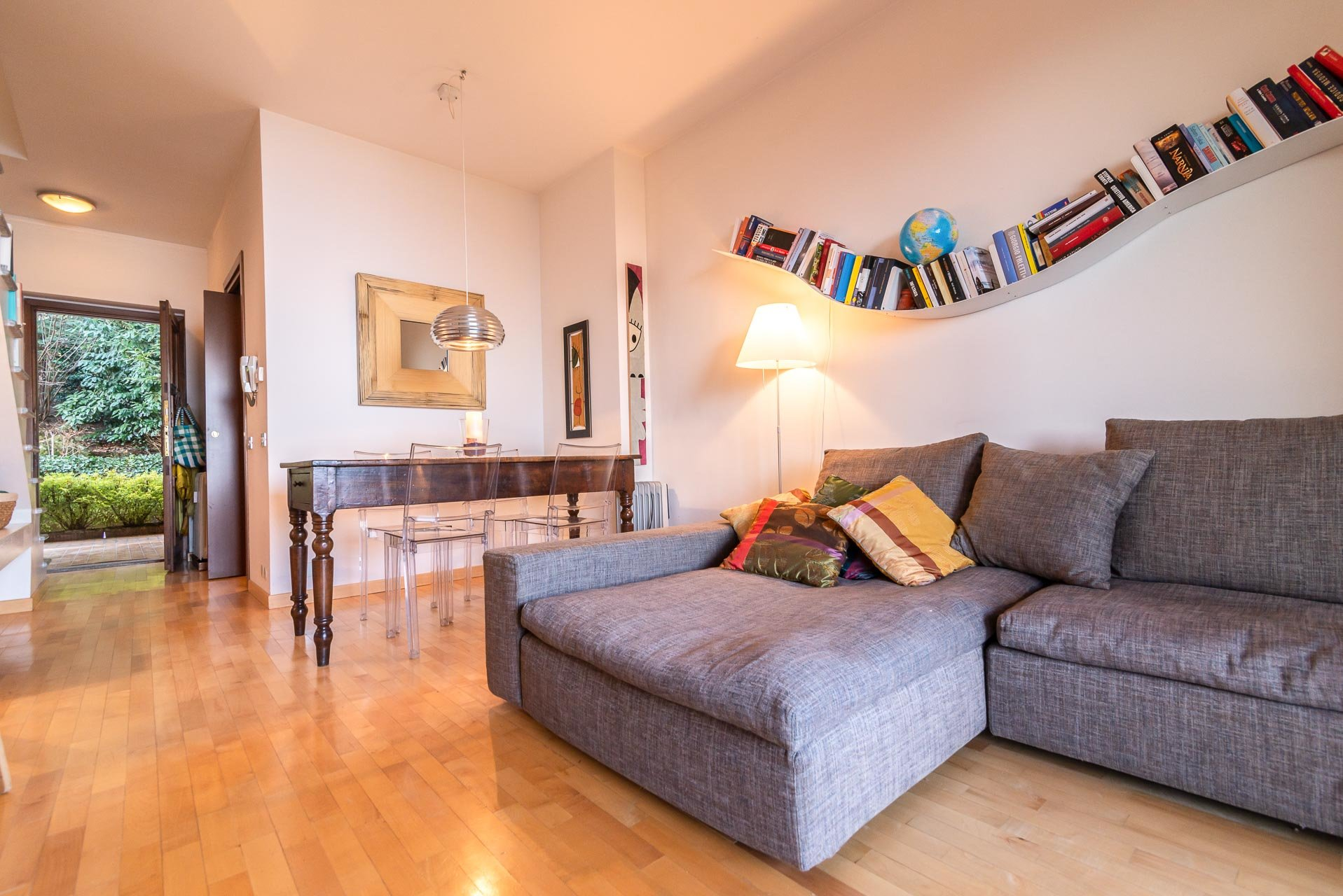 Apartment for sale in Stresa in a residence - sitting room