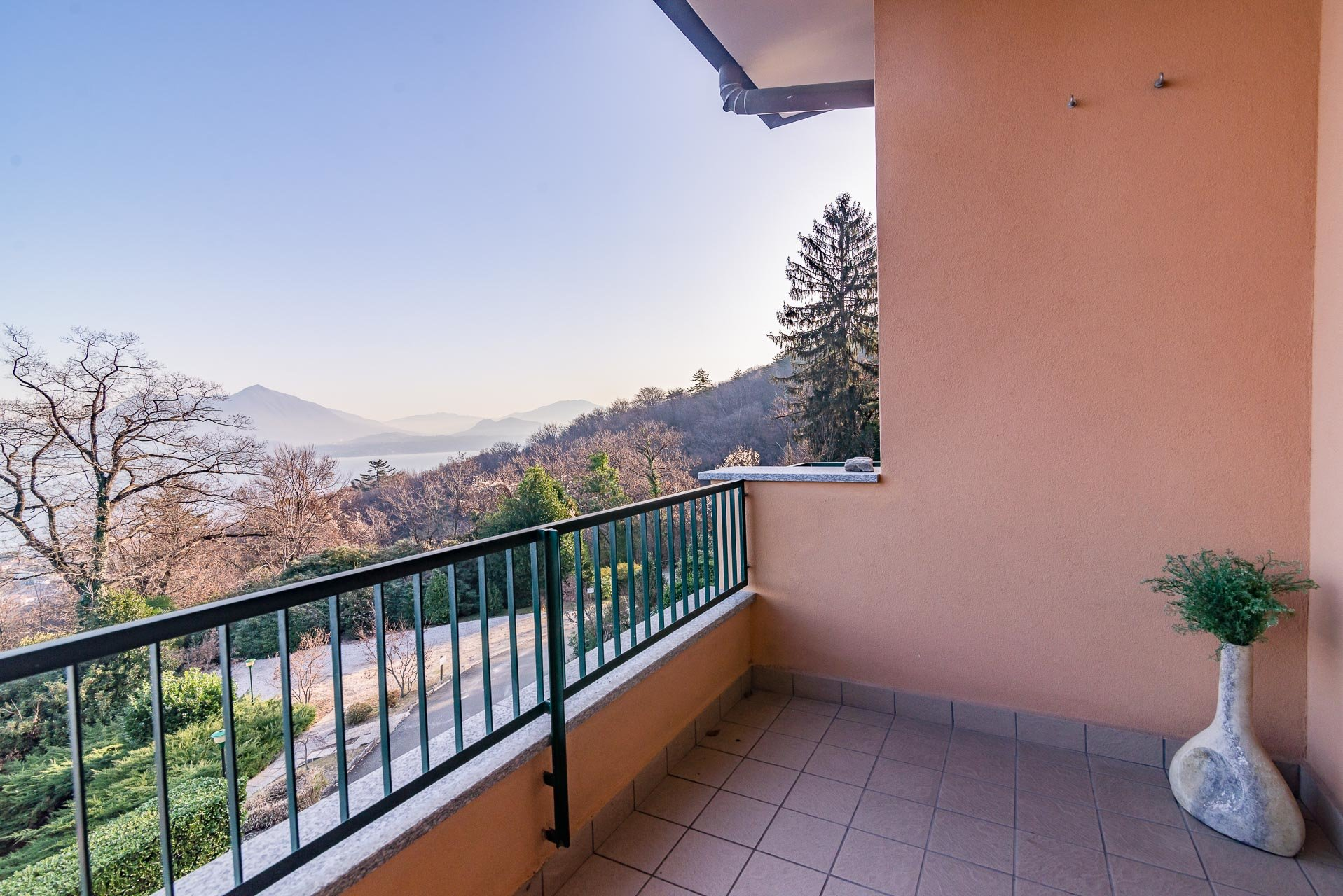 Apartment for sale in Stresa in a residence - balcony with panoramic  view