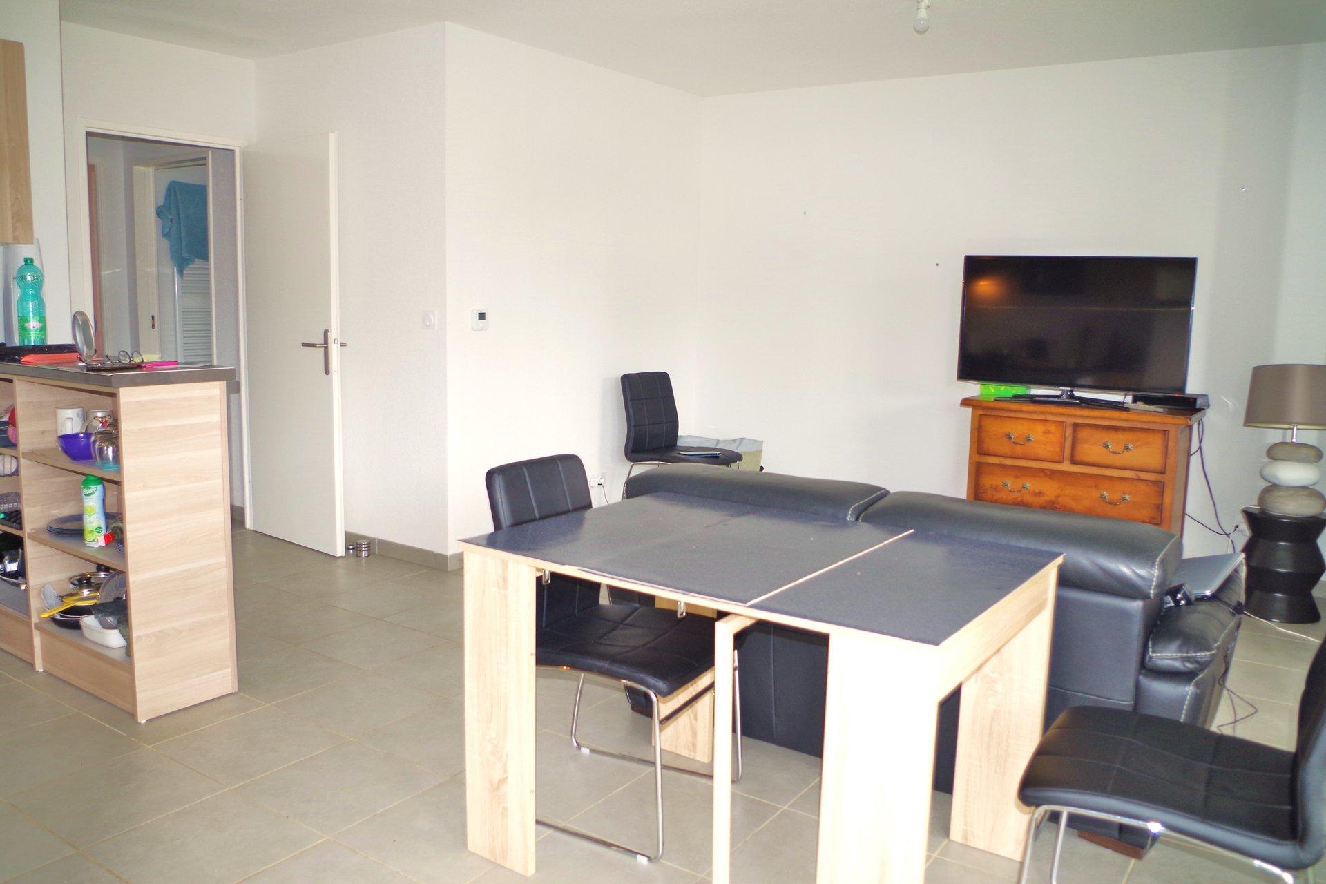 Appartement T3 - 59,99 m² - COLOMIERS