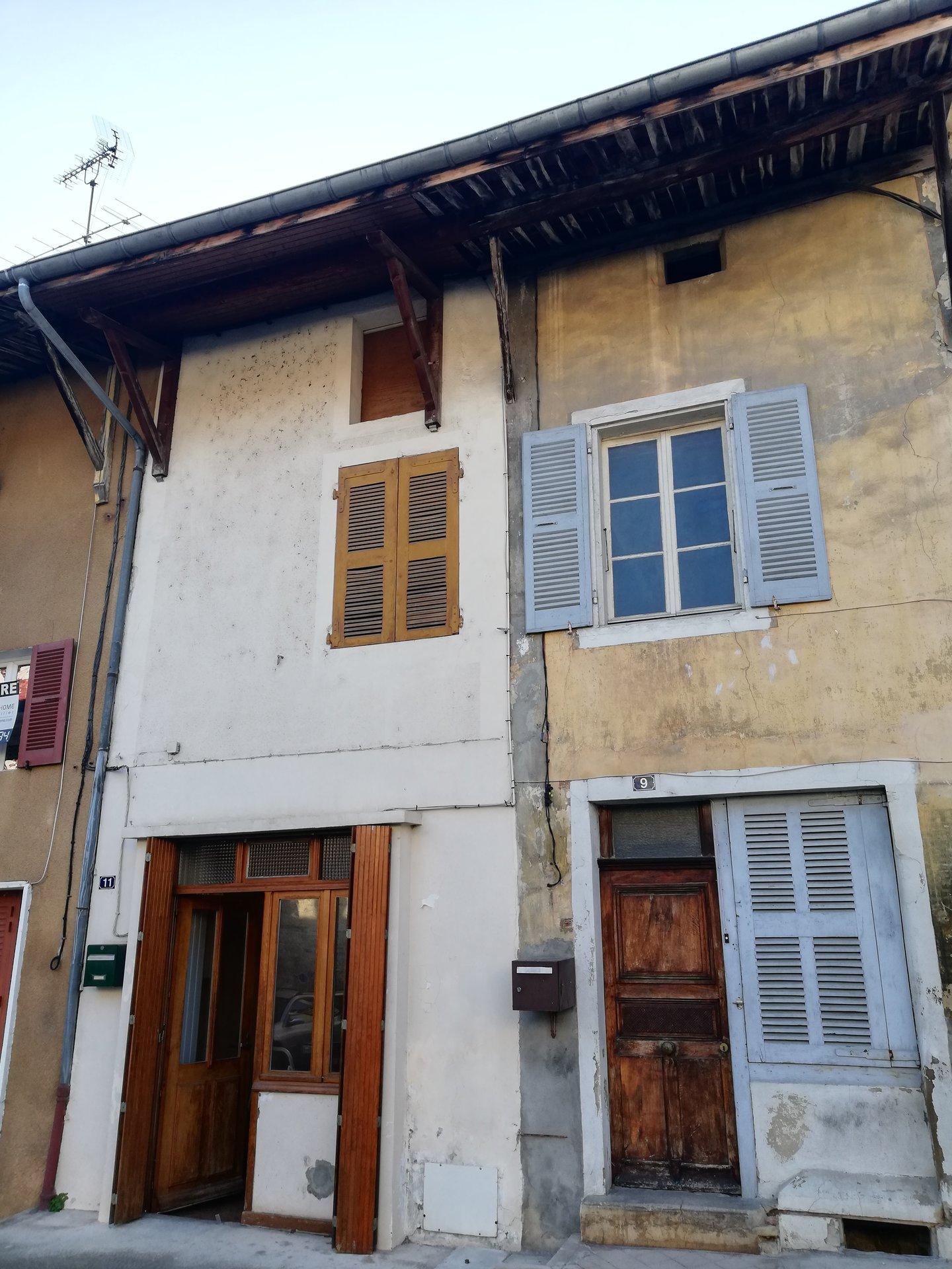 village 7 kms Saint Marcellin