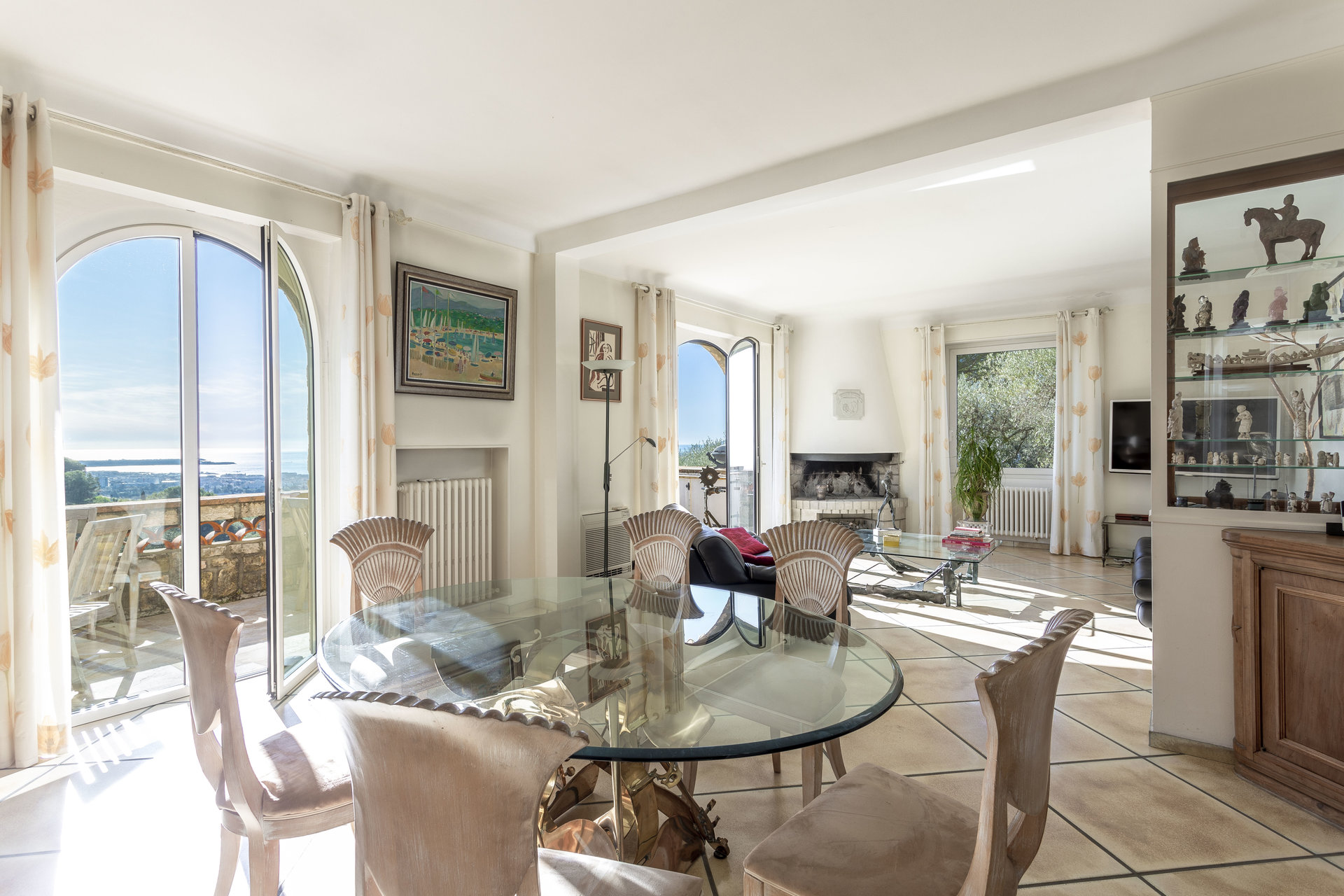 HEIGHTS OF CANNES – PANORAMIC SEA VIEW