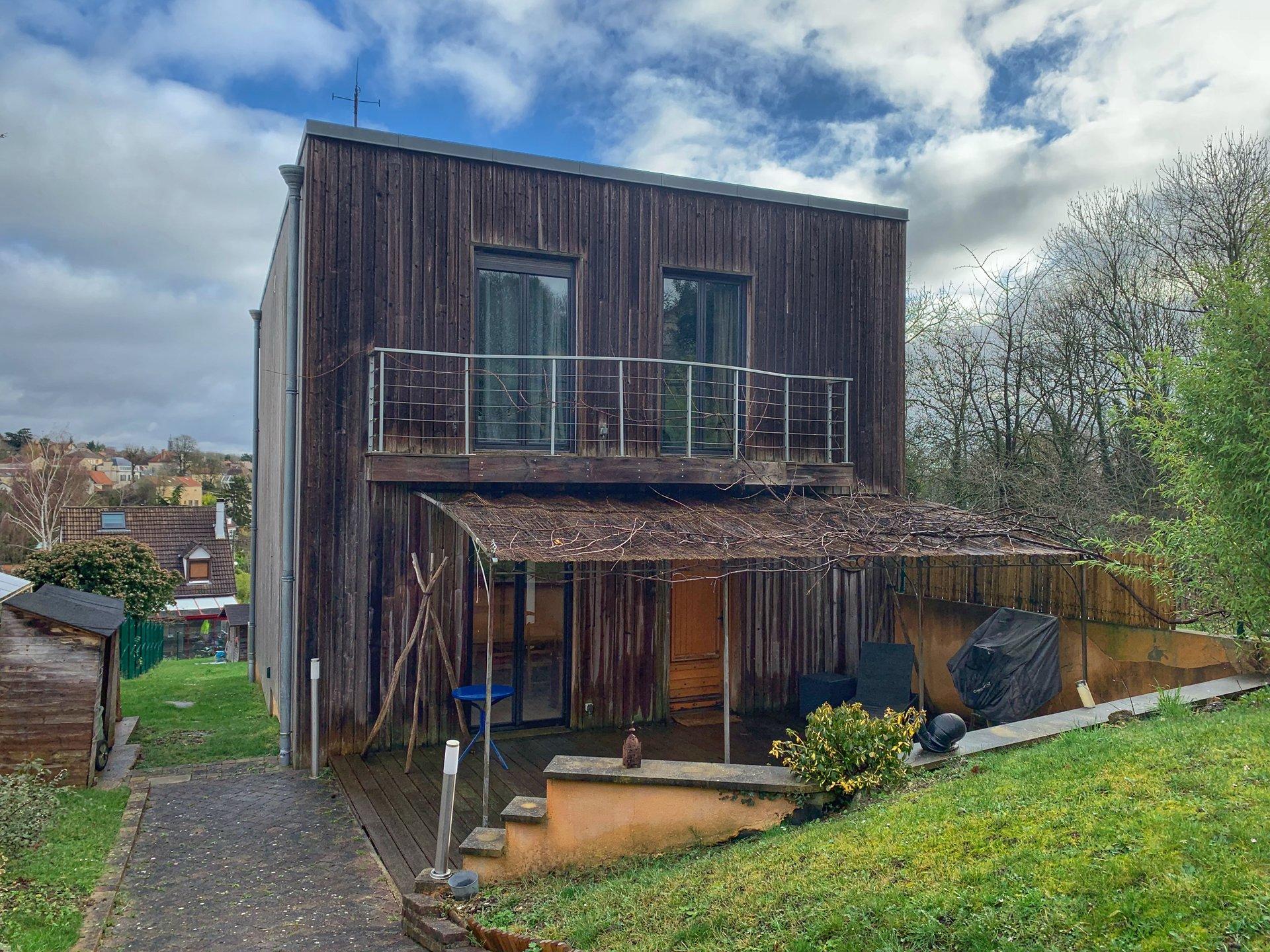 Maison d'architecte bois sur les hauteurs - 172 m² - Mézy-sur-Seine