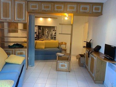 Location meublée à l'année- joli T1 de 28m² avec Terrasse 50m²- Jardin 50m²