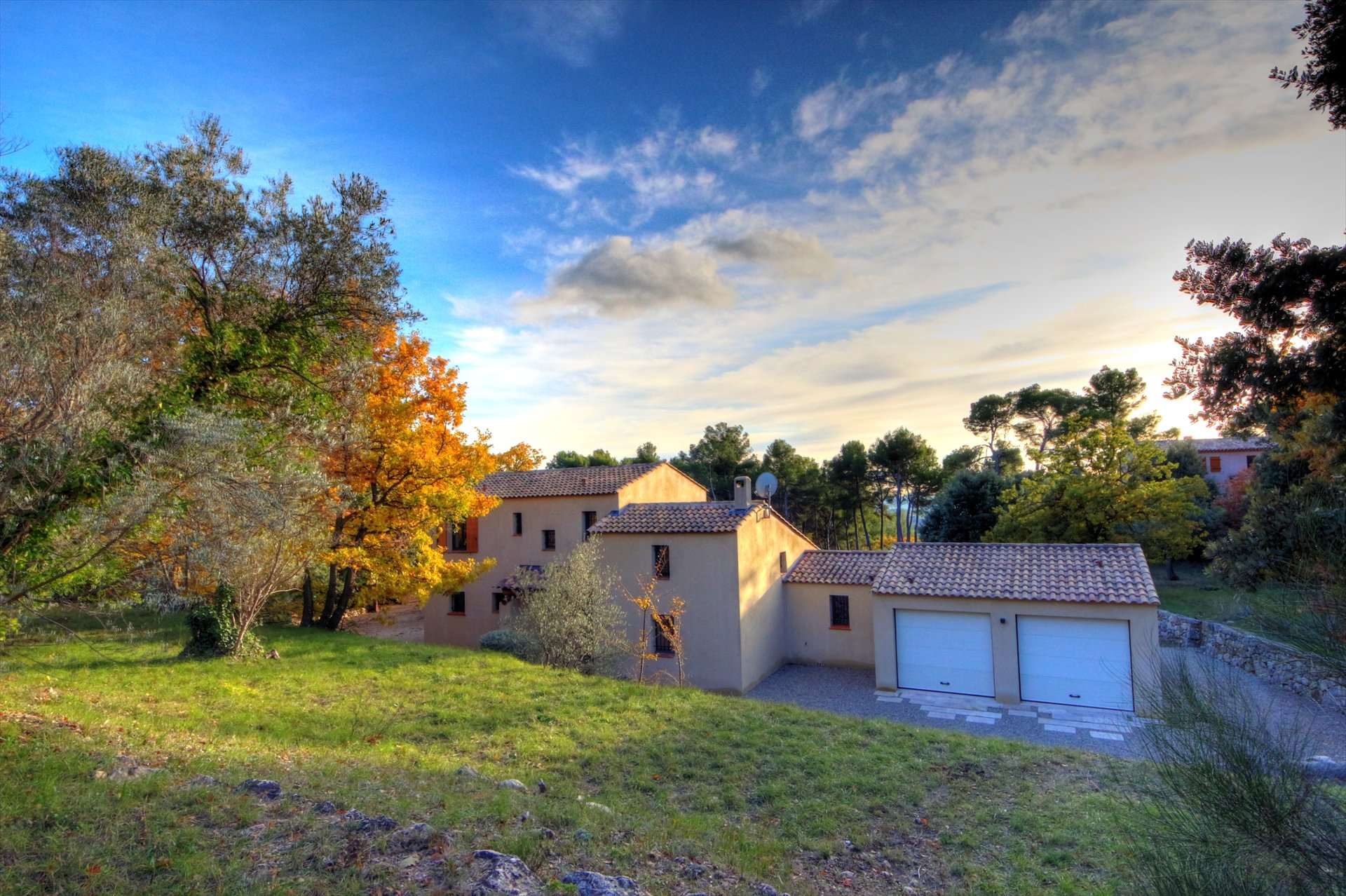 Tourtour, nice house of 135sqm with pool and garage, Var Provence