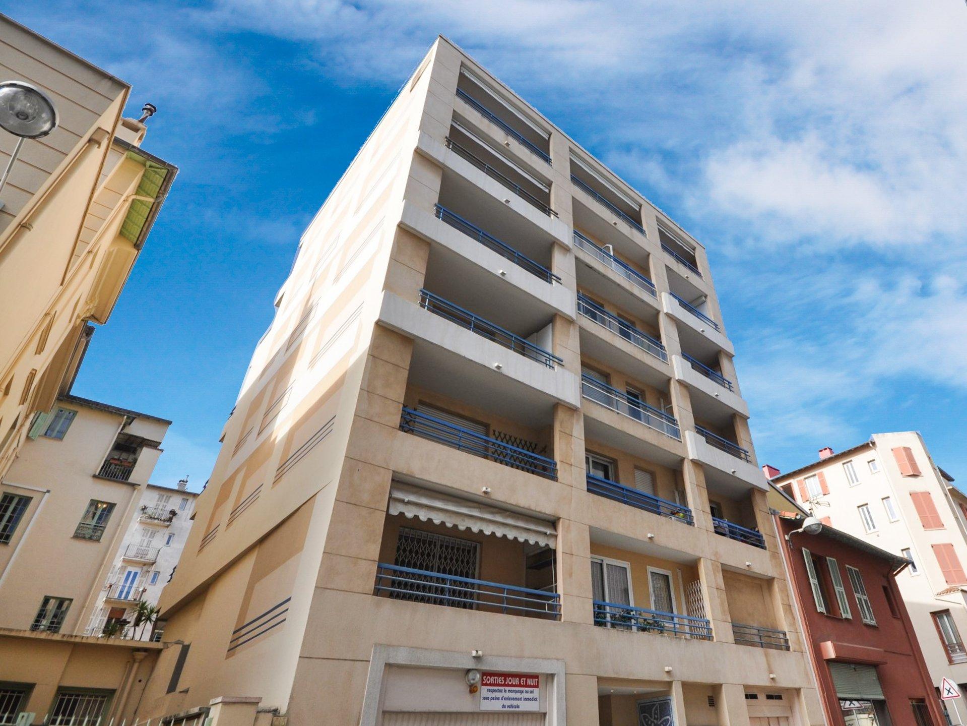 Nice Rue des Potiers : parking en sous-sol