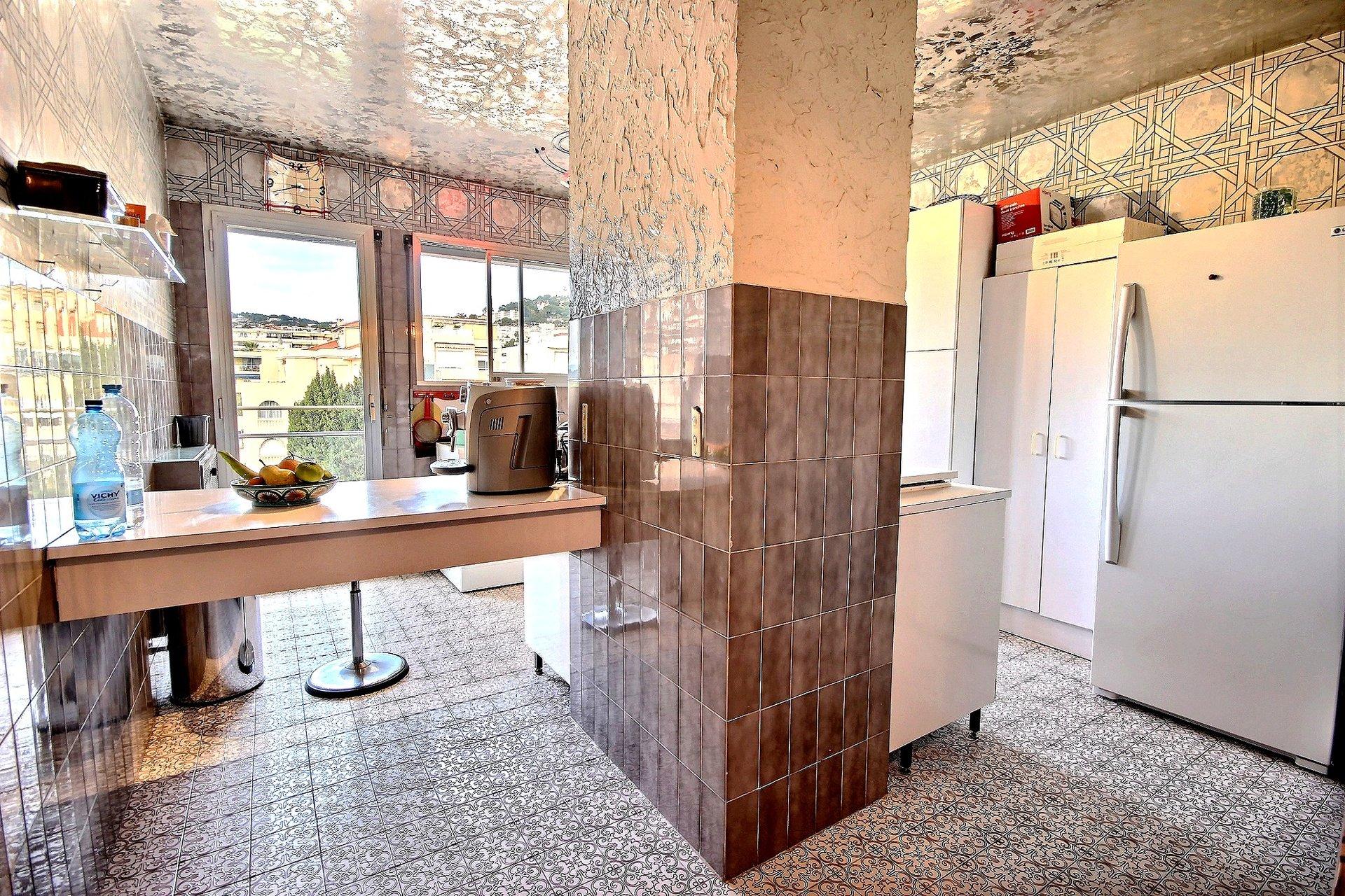 Superb apartment for sale Cannes Basse Californie