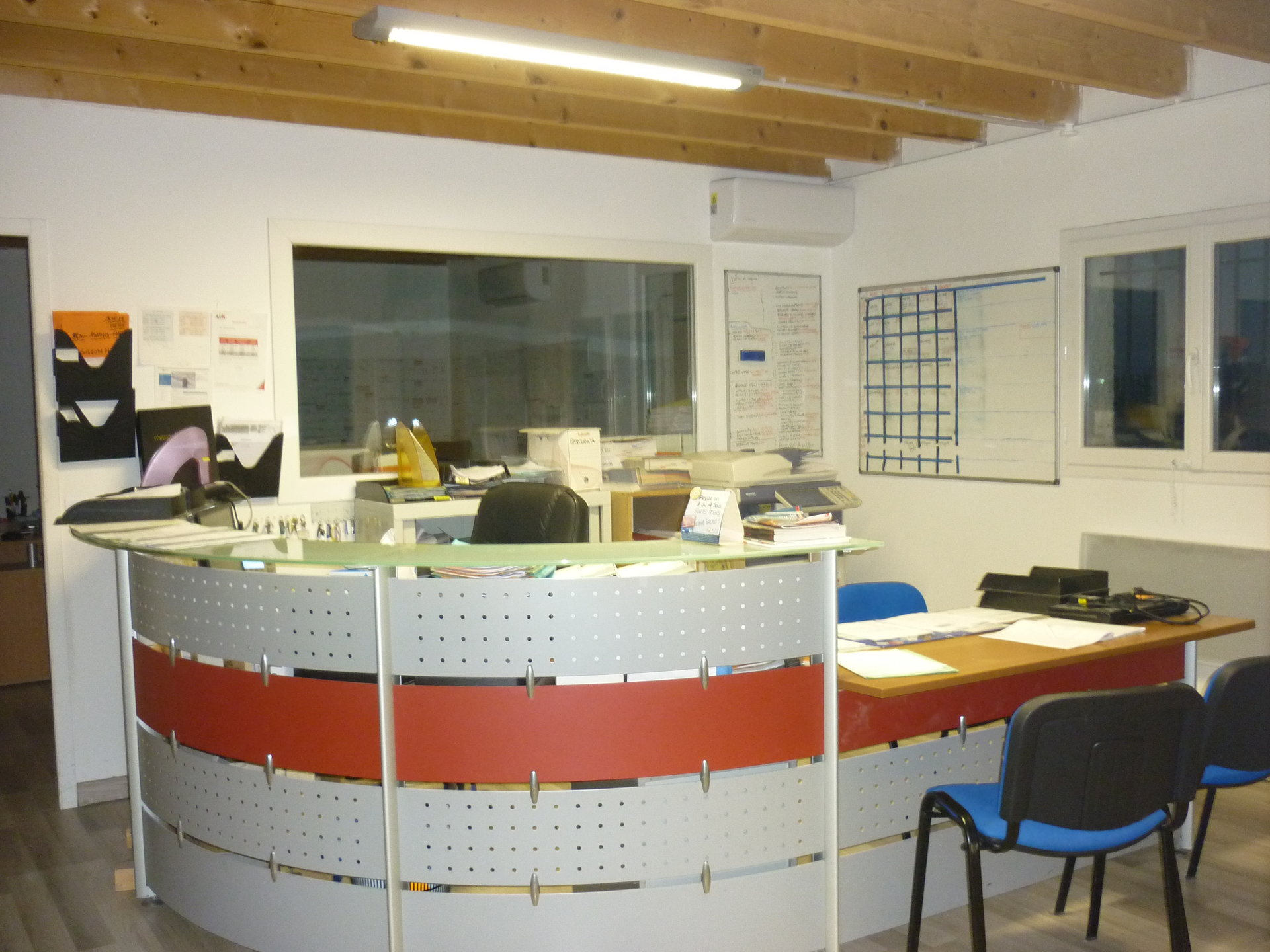 5mn de Perpignan menuiserie -dbi 002579