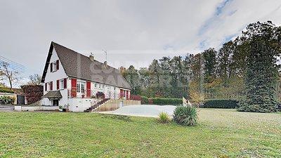 Maison de 156 m² sur 2200m² de jardin avec dépendance de 161m², 28700, Roinville
