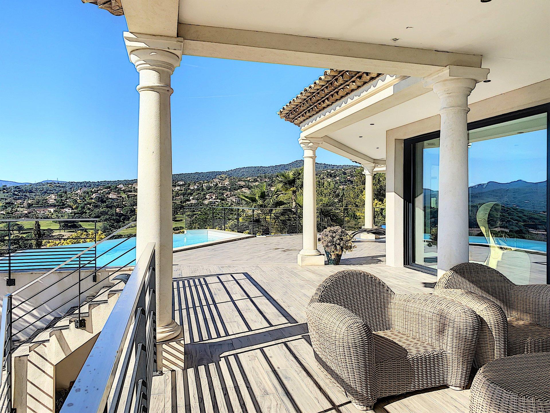 Villa contemporaine à vendre à Sainte Maxime