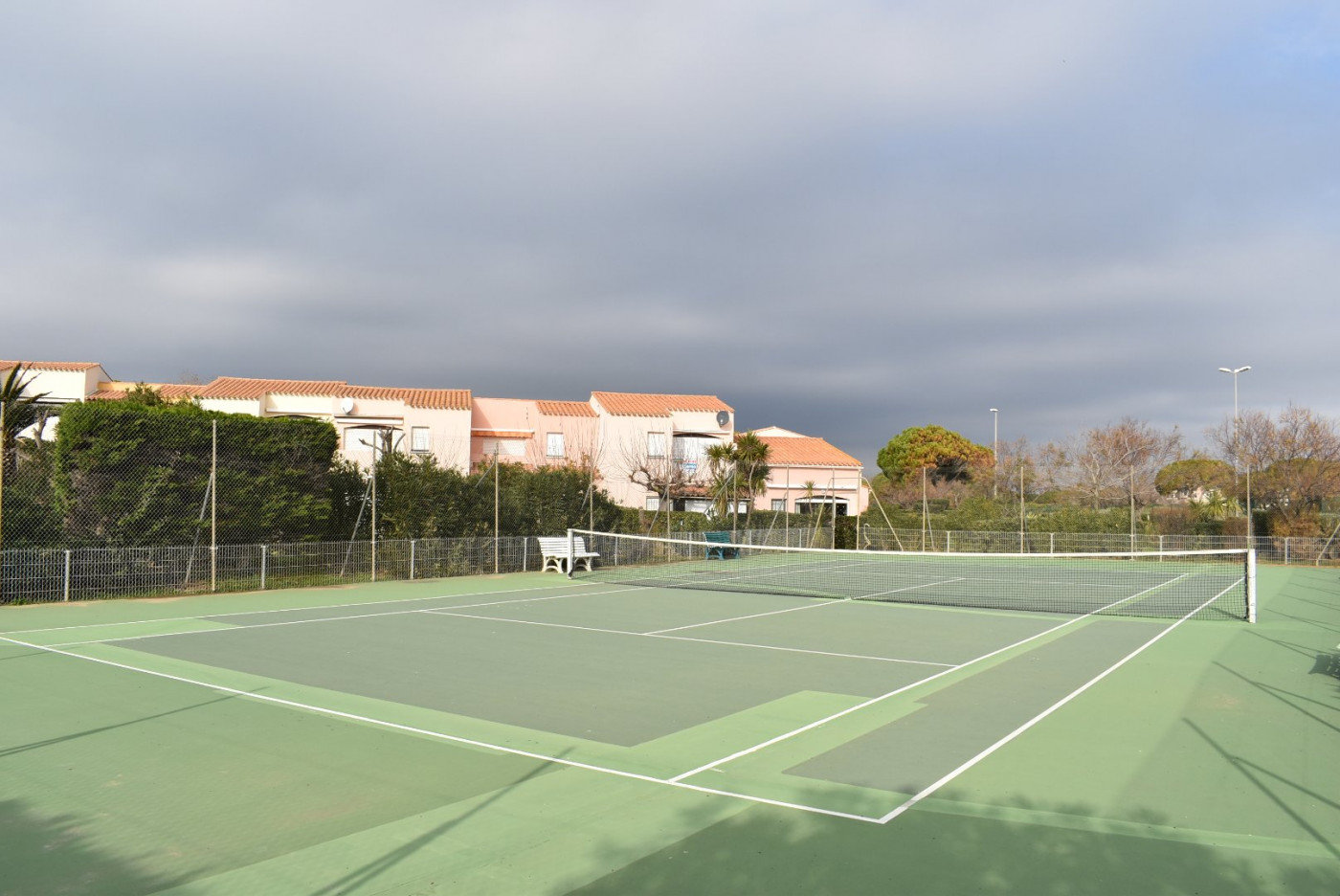 Apartment 200 m from the beach and pool and tennis court