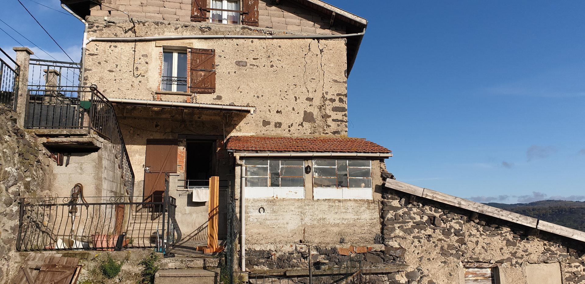 Sale House - Le Puy-en-Velay