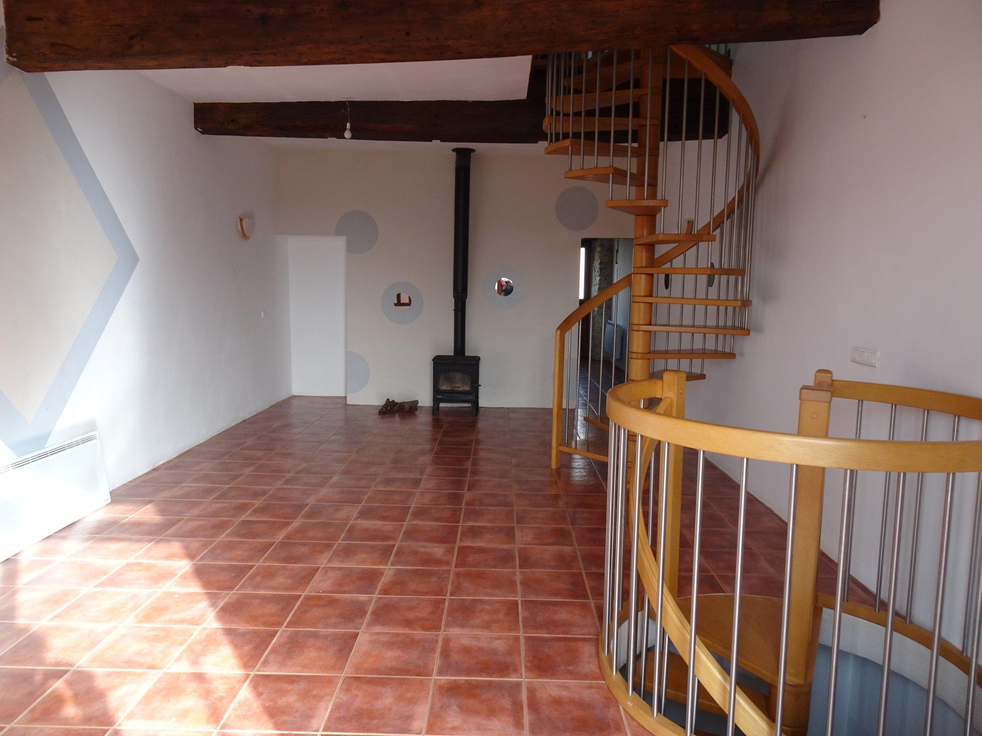 Maison de village de  160 m² avec jardin proche d'Aurignac