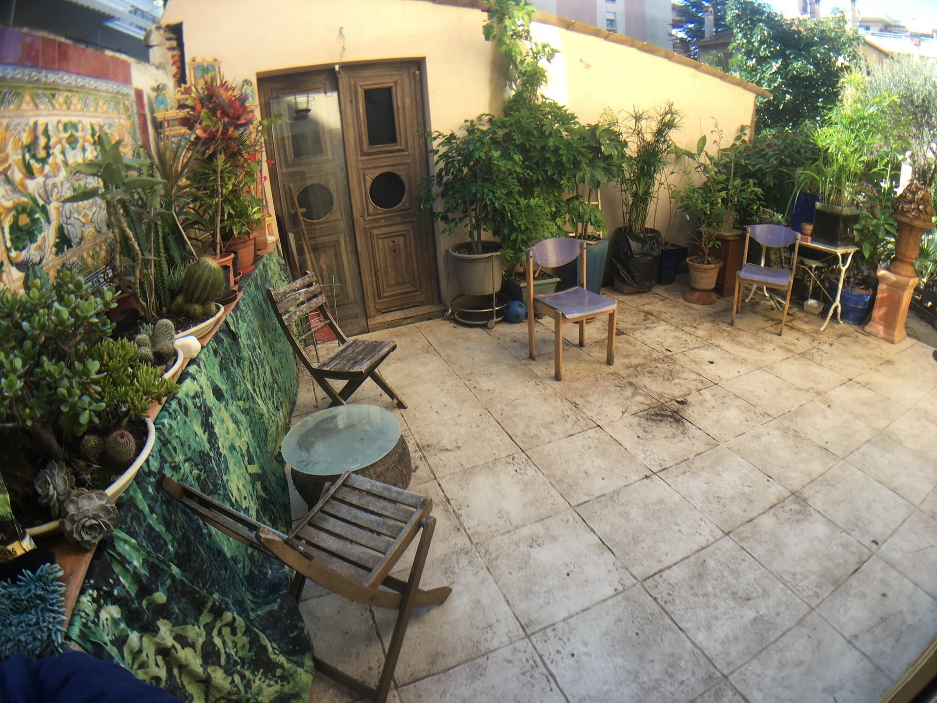 SALE 2 ROOMS IN HOUSE BOURGEOISE