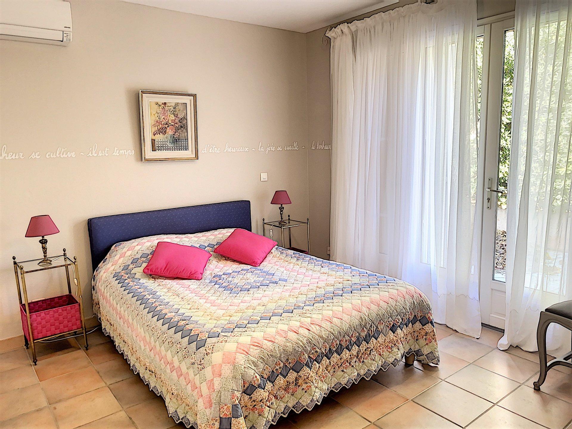 Villa with beuatiful sea view for sale in Sainte Maxime