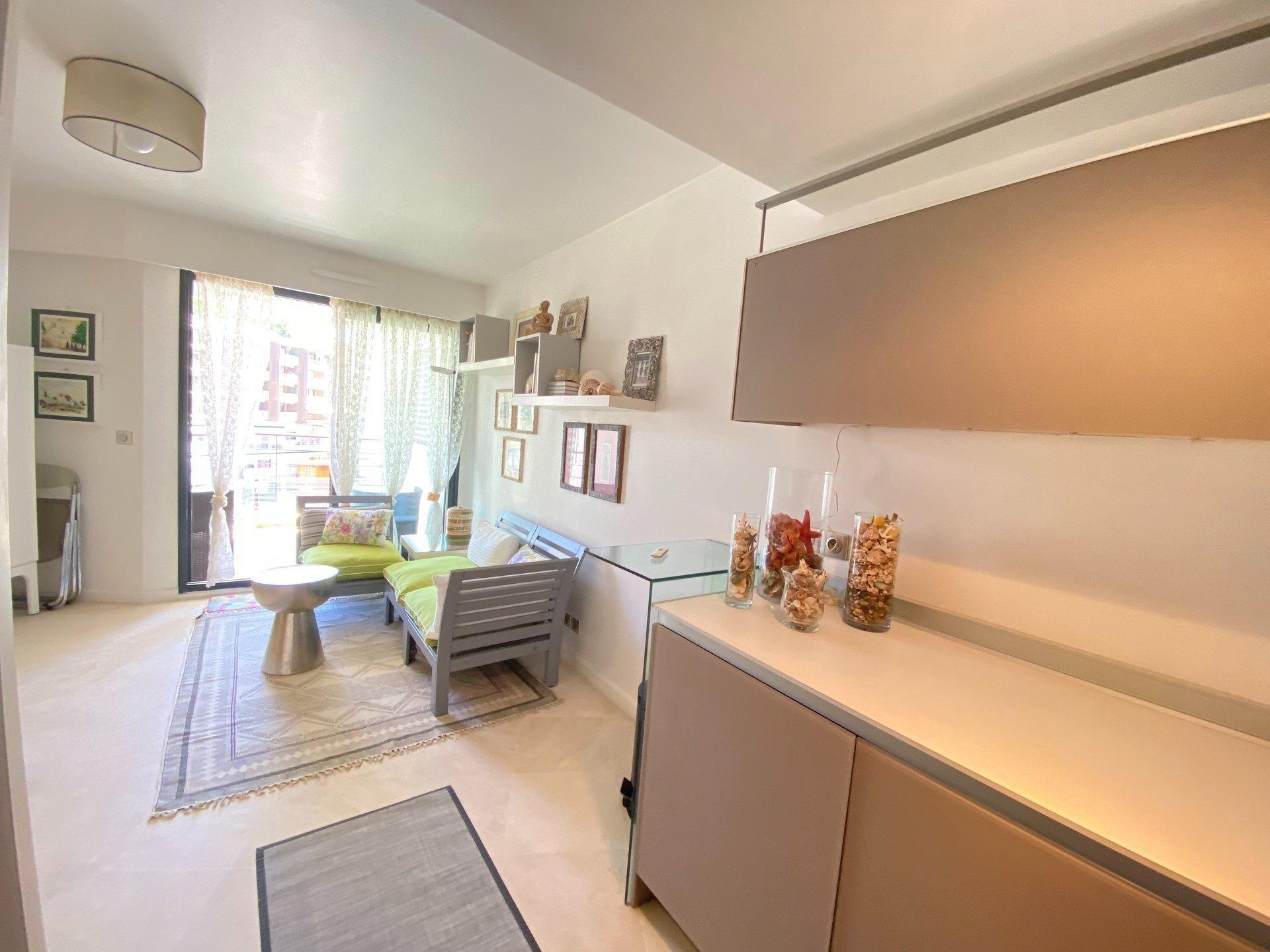 2P de  40 m² + Terrasse  - Cannes-