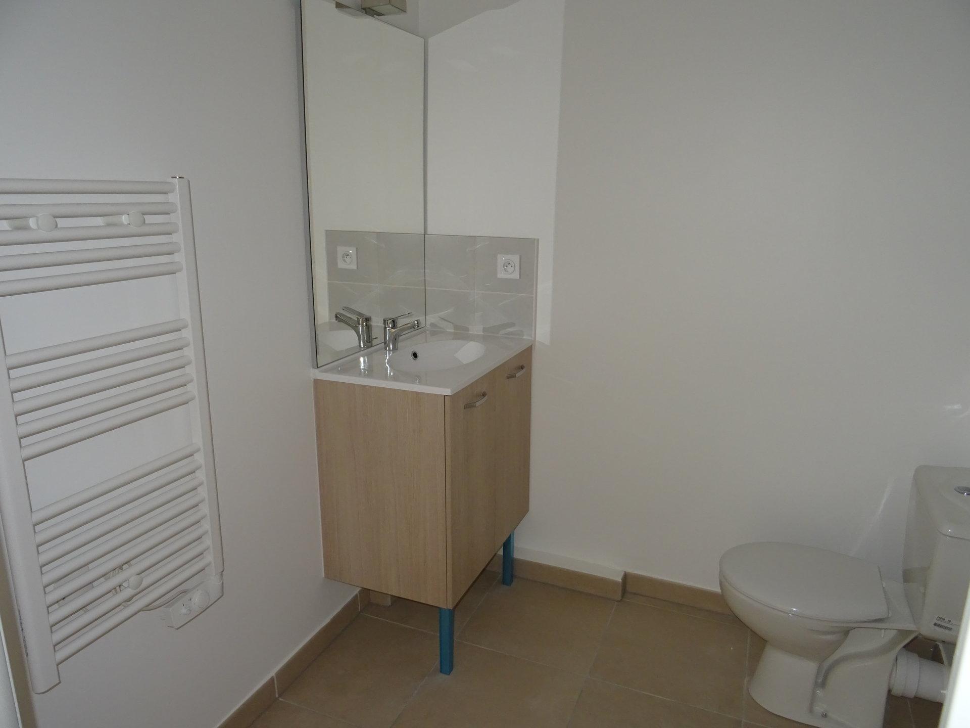 Appartement Neuf  37 m2 Type 2 - terrasse+ jardin  +parking
