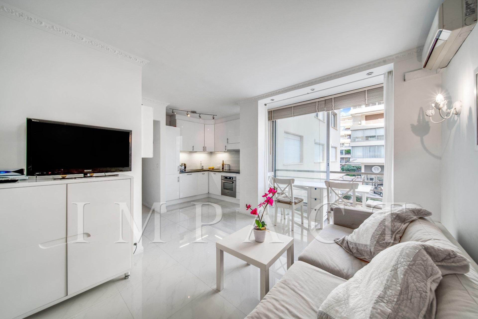 2 rooms of 37 sqm to rent  - Cannes ,Croisette