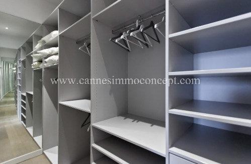 CŒUR DE CANNES. Appartement T4.