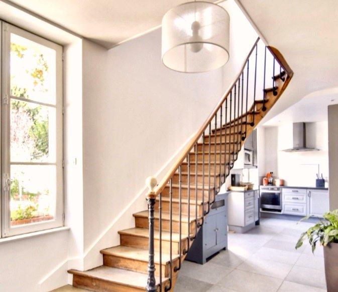 Demeure de Charme et  dépendance de 80 m² à 10 mns de Chantilly..