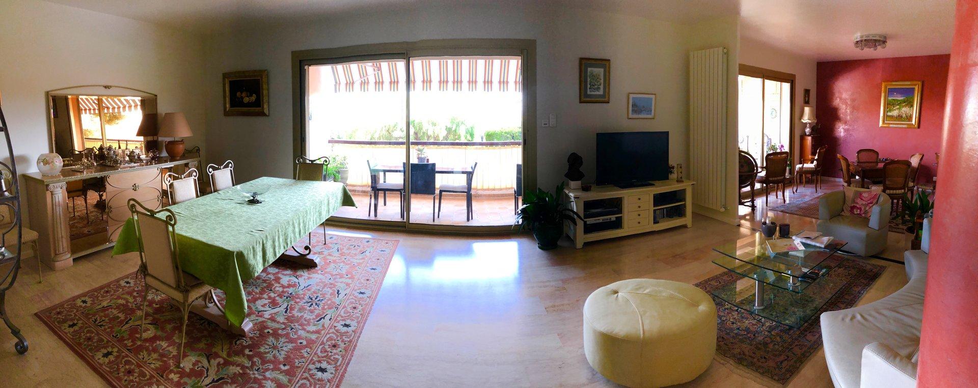 BANDOL coeur de ville appartement 5 pièces de 123 m²