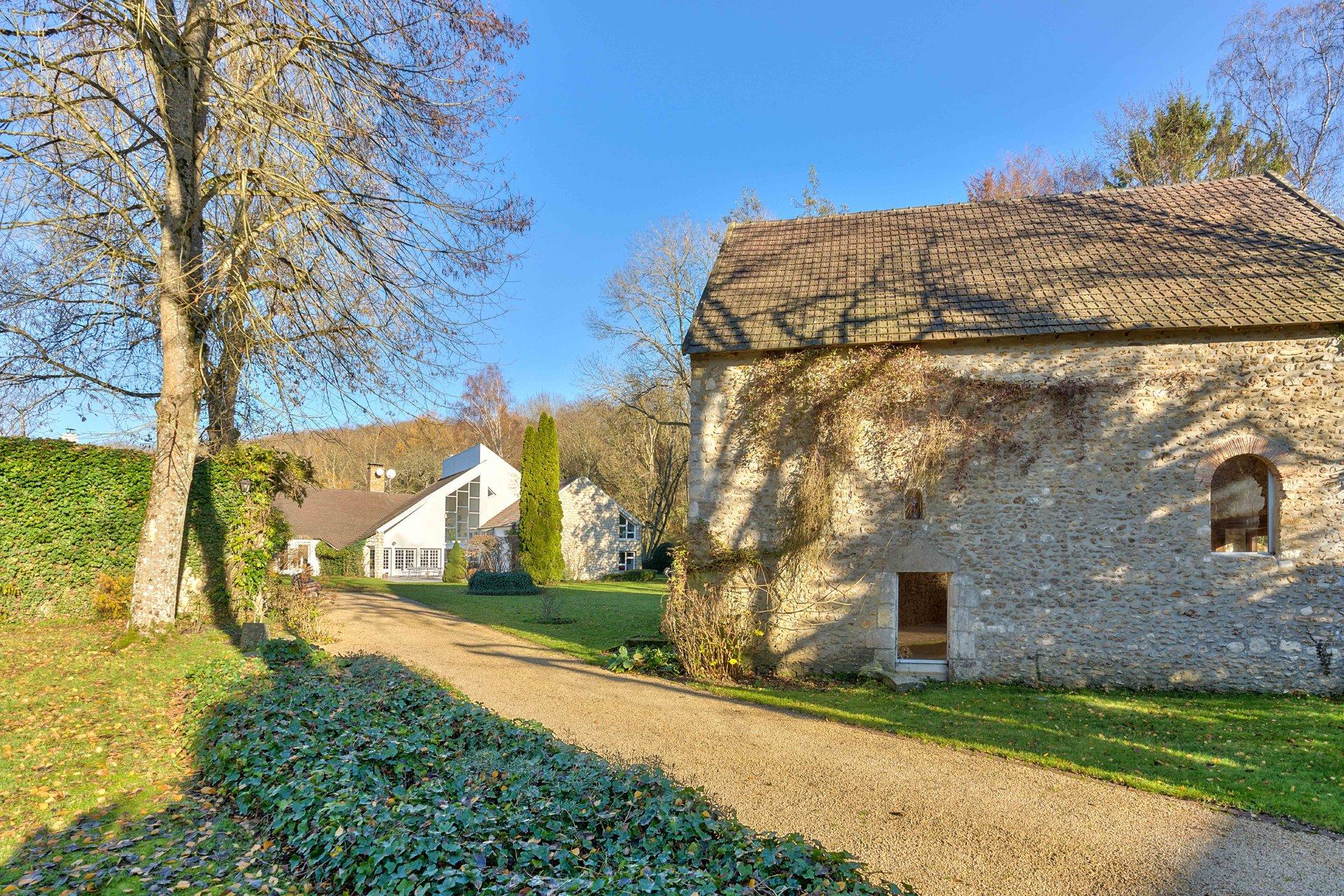 Propriété d'exception en bordure de forêt - sud Yvelines
