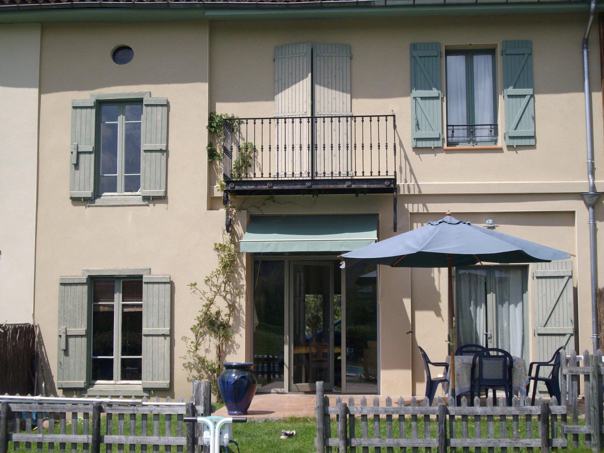 Sale House - Estadens