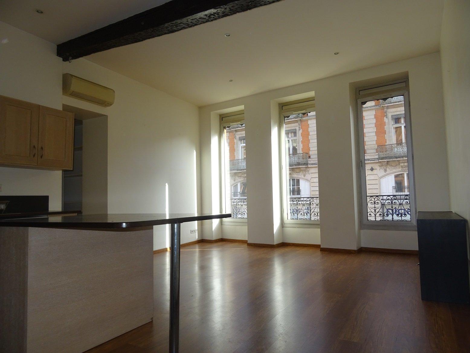 Carmes, bureaux de 61 m².