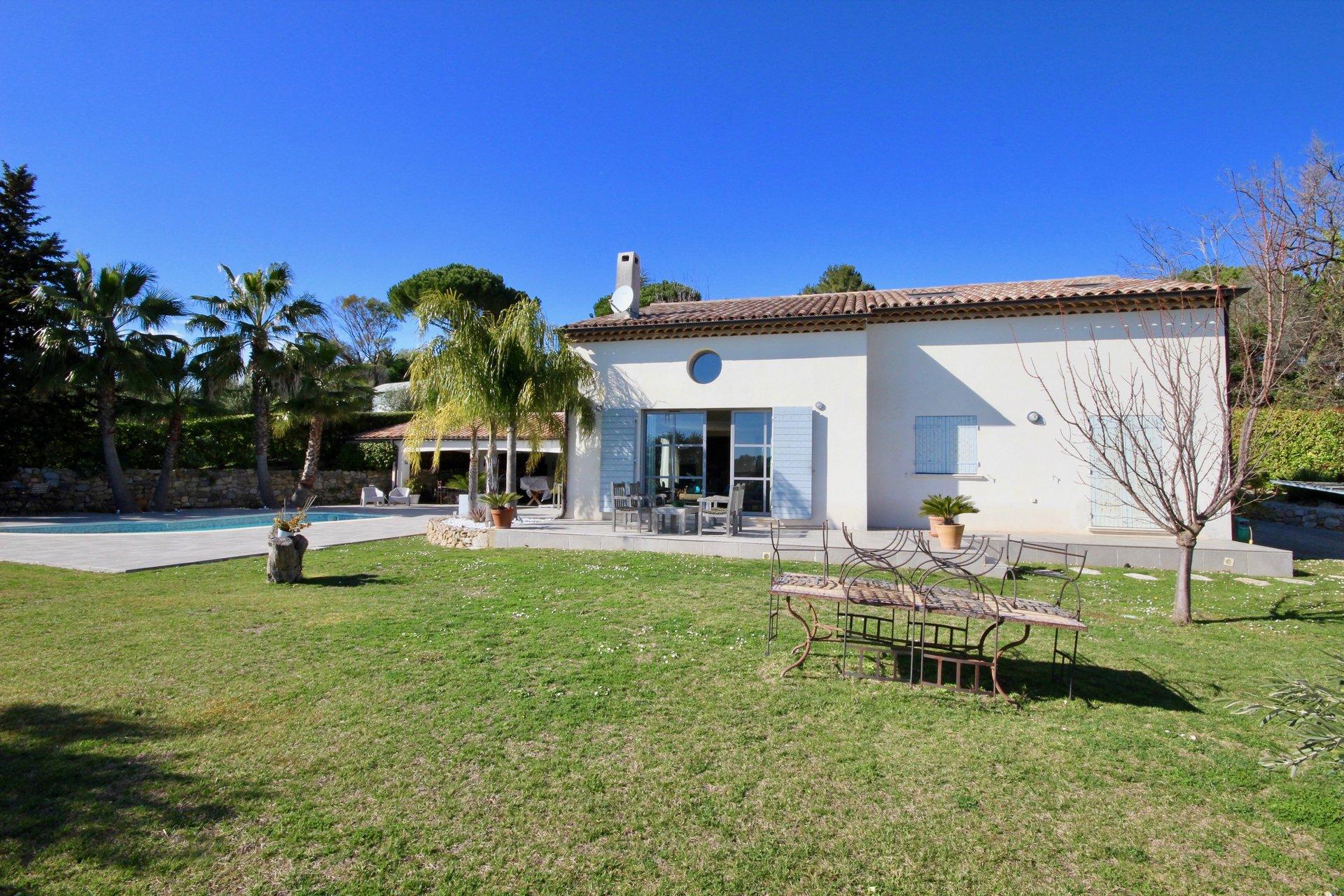 Beautiful contempory villa Castellaras area