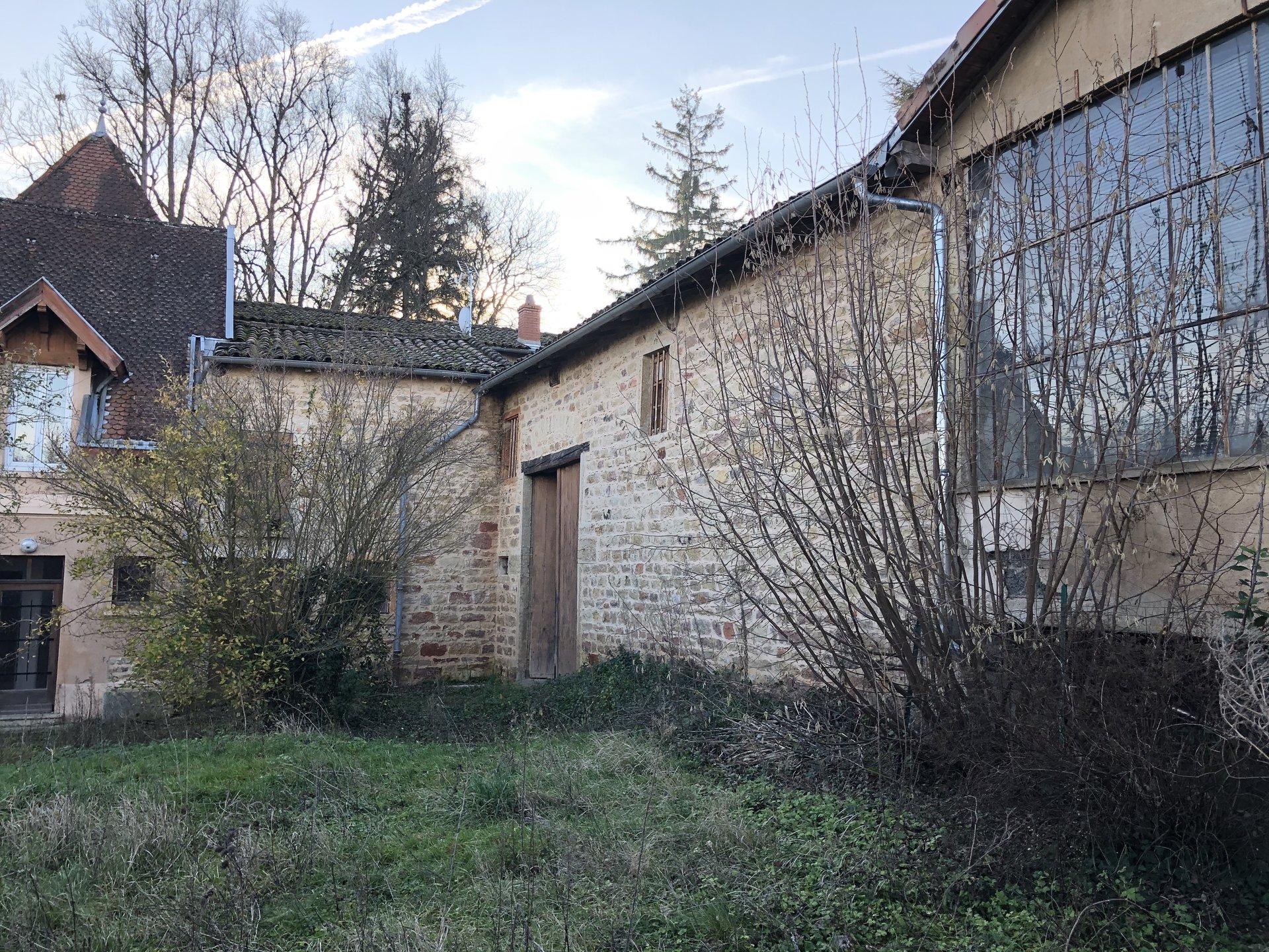 Pommiers, Duplex T4, Studio séparé avec jardin
