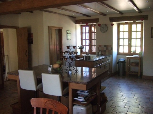 House with Pool in Availles Limouzine in the Vienne