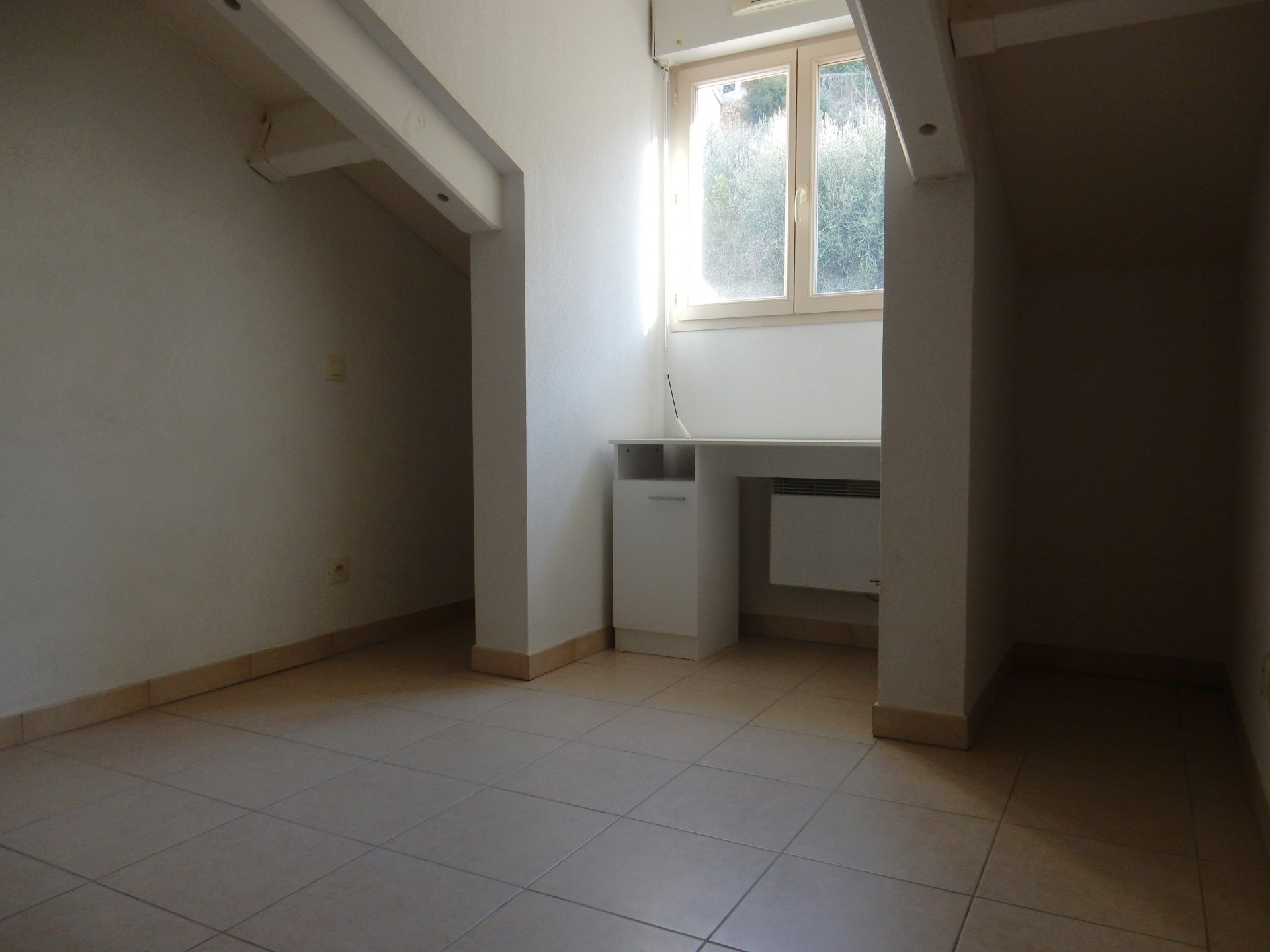 location Nice, 3 pièces 59.83m² situé  quartier Riquier