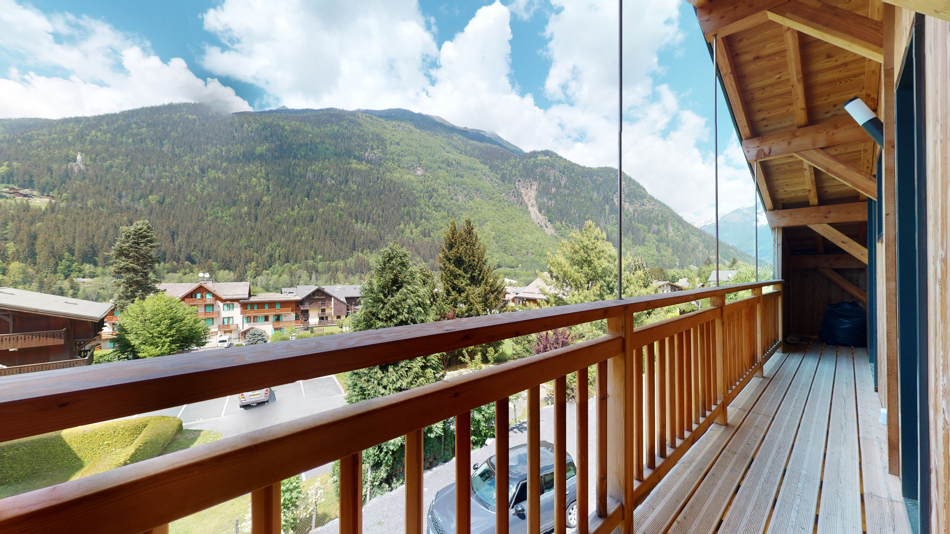 New 4 bedroom chalet in suites, Les Houches