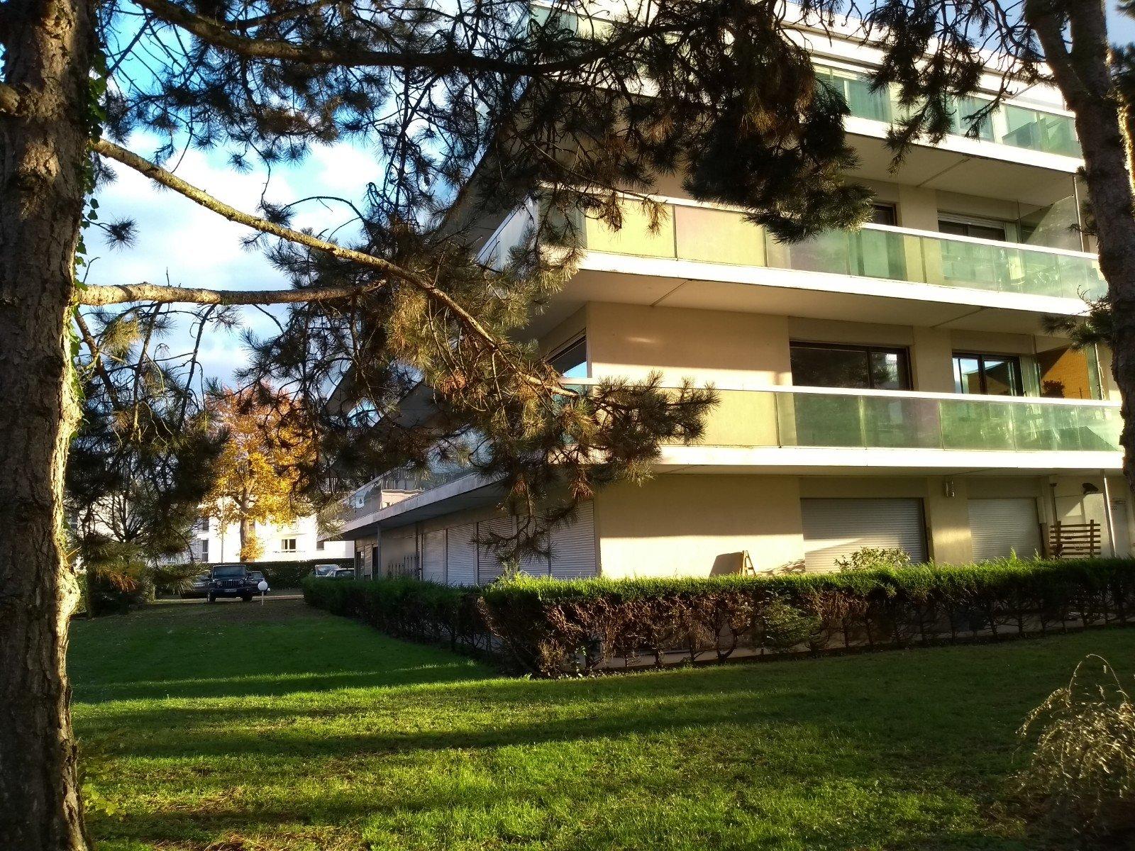 Appartement - Chantilly - 1 300 € CC
