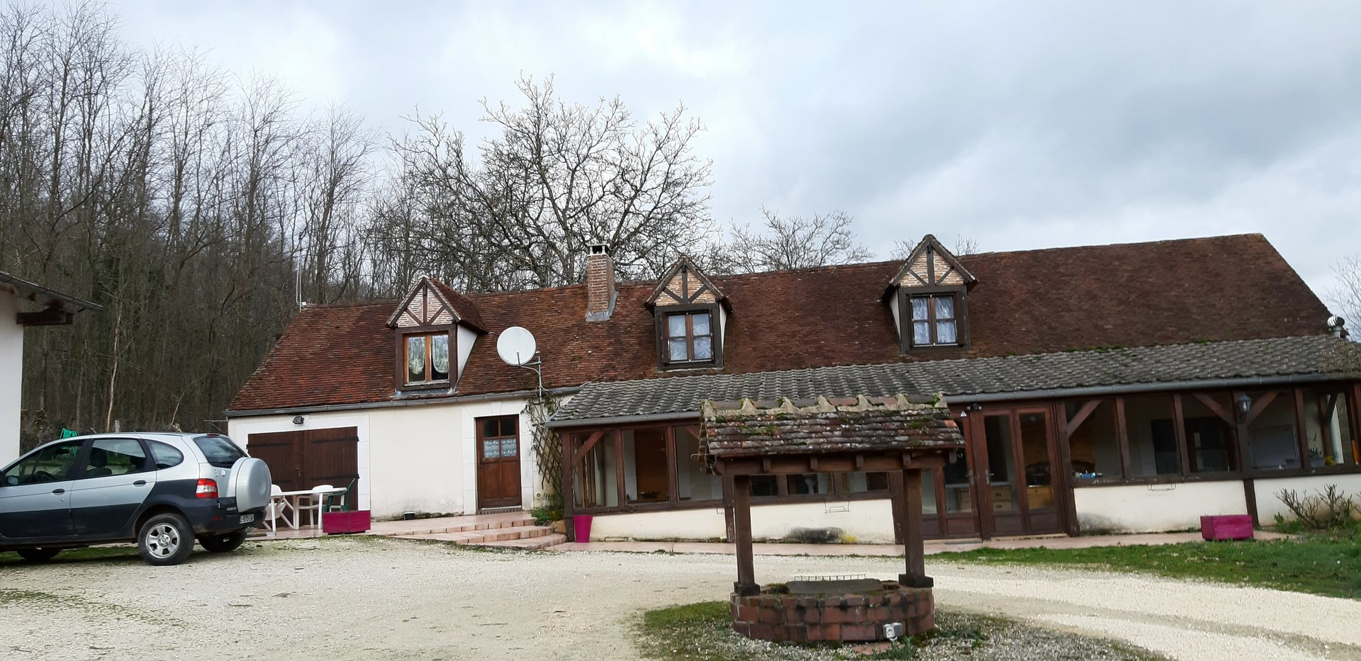 Maison de campagne proche de Pourrain