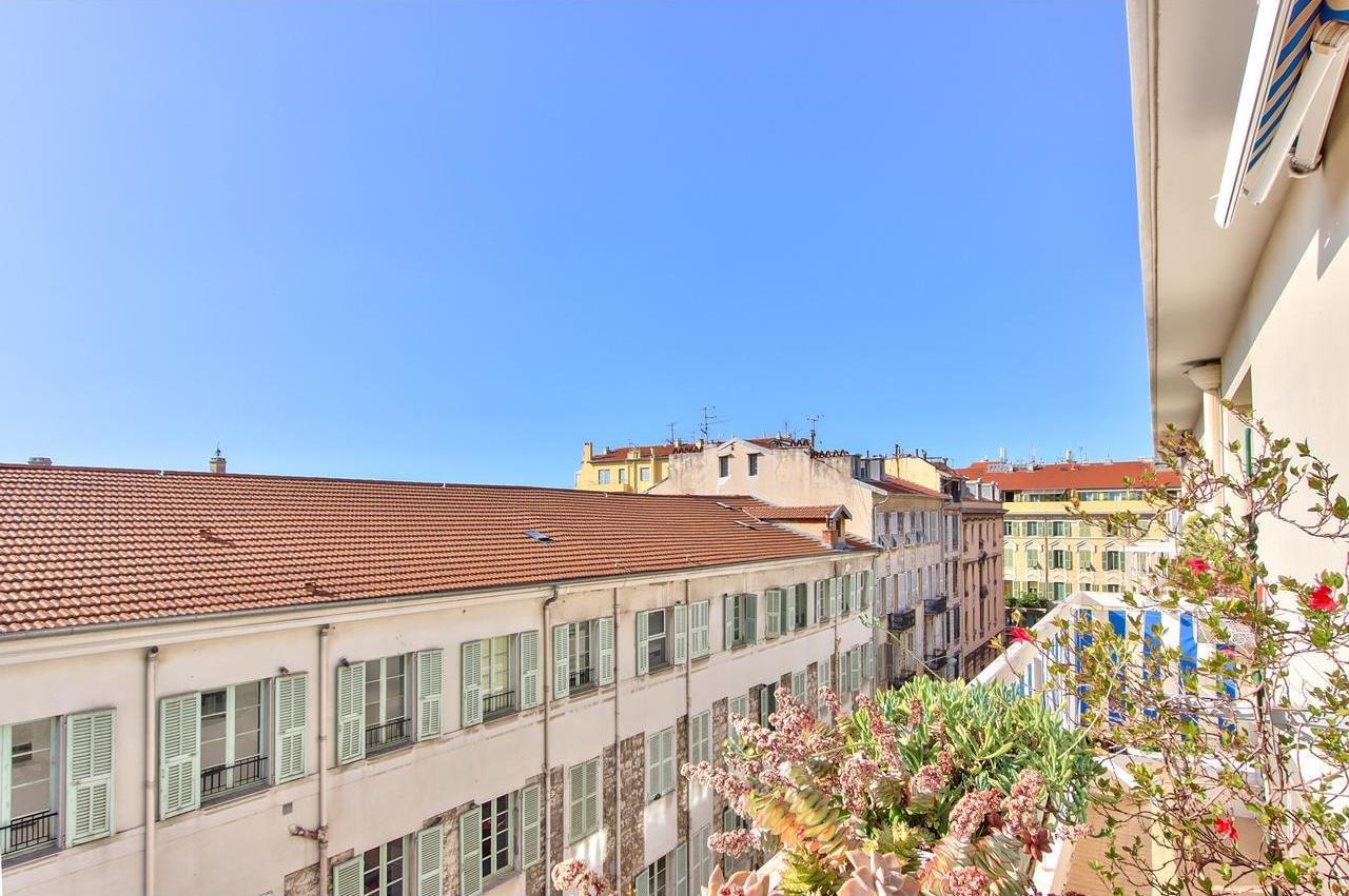 SALE Apartment 4P 80m² Nice Port Terrace Parking