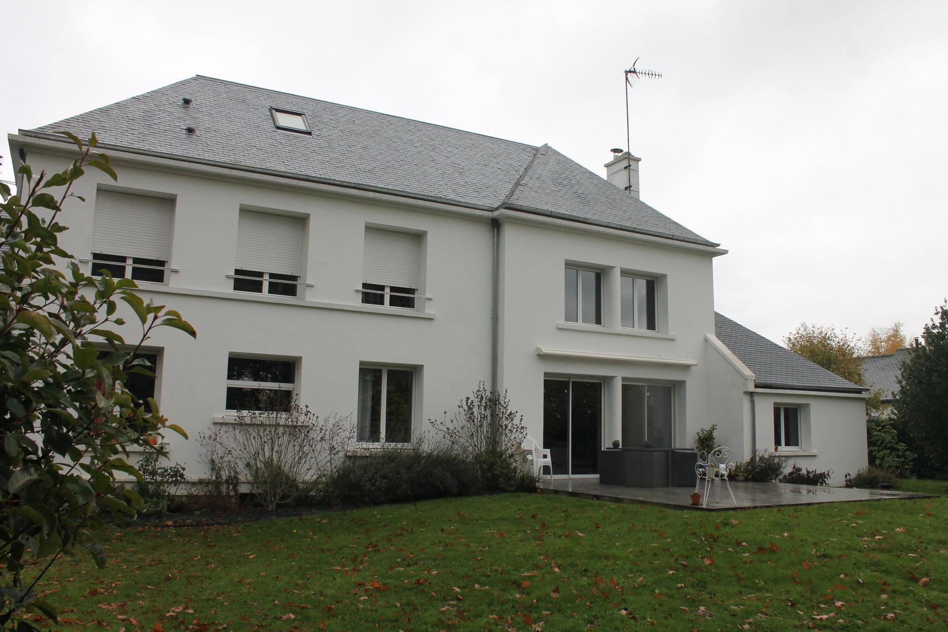 Maison d'architecte au cœur des Alpes Mancelles