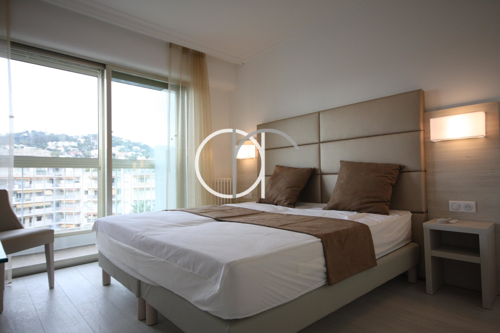 2 bedrooms apartment with sea view