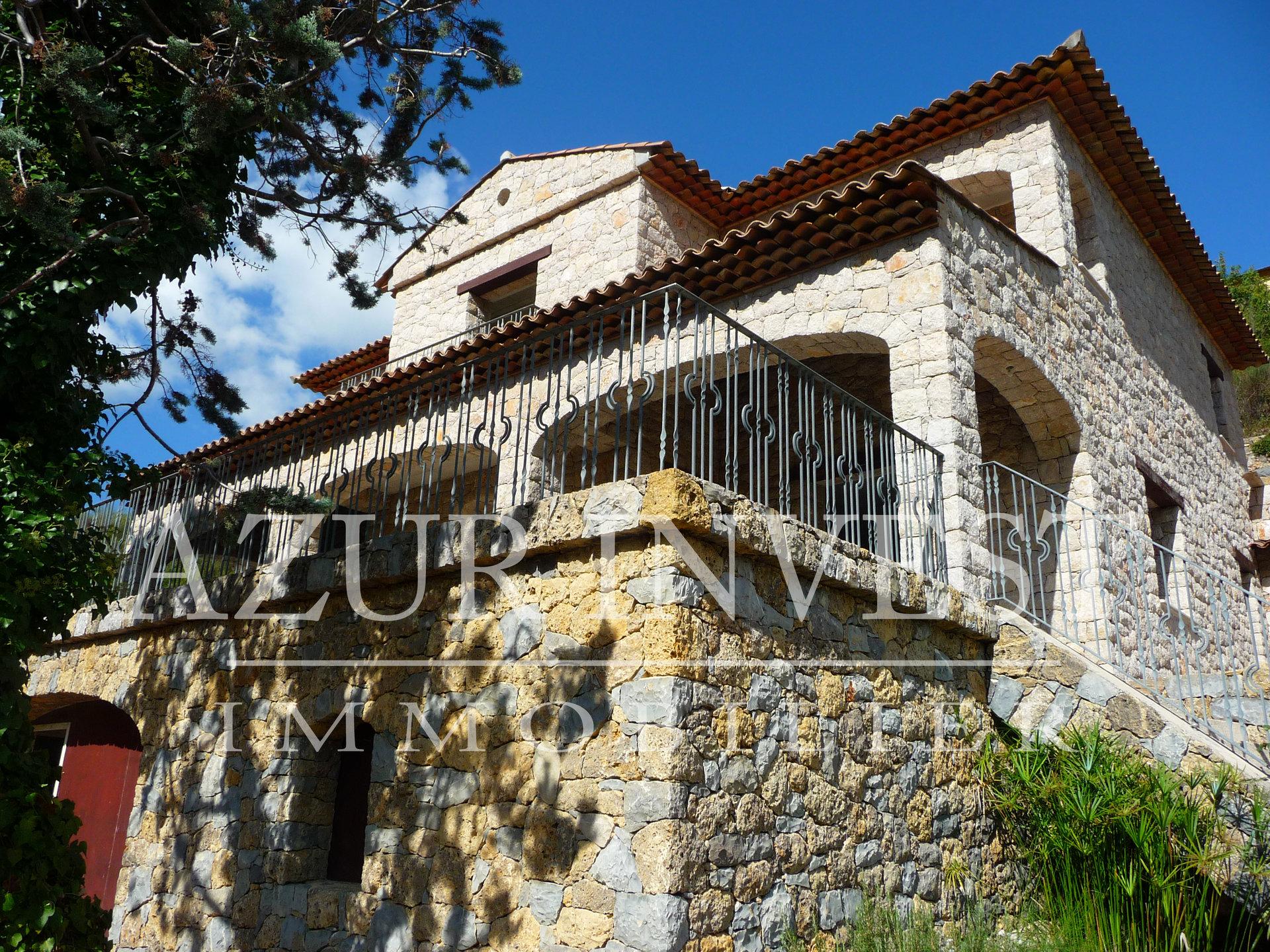Продажа Бастид, типичный южный дом - Sospel