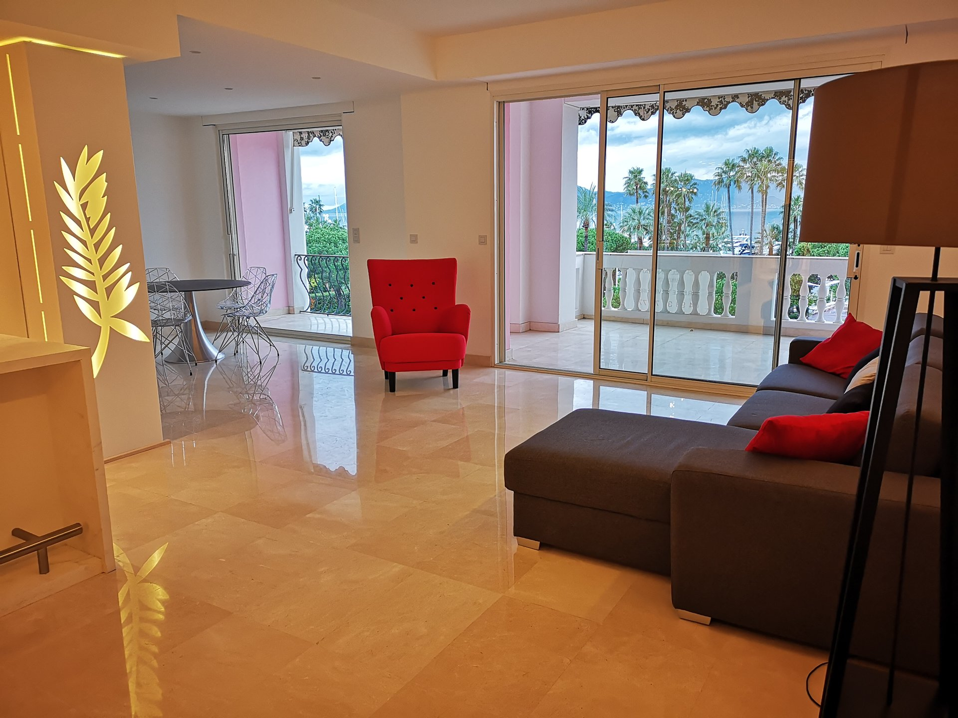 Center of the CROISETTE 3P 113M²+ 20M² Ter. SEA VIEW