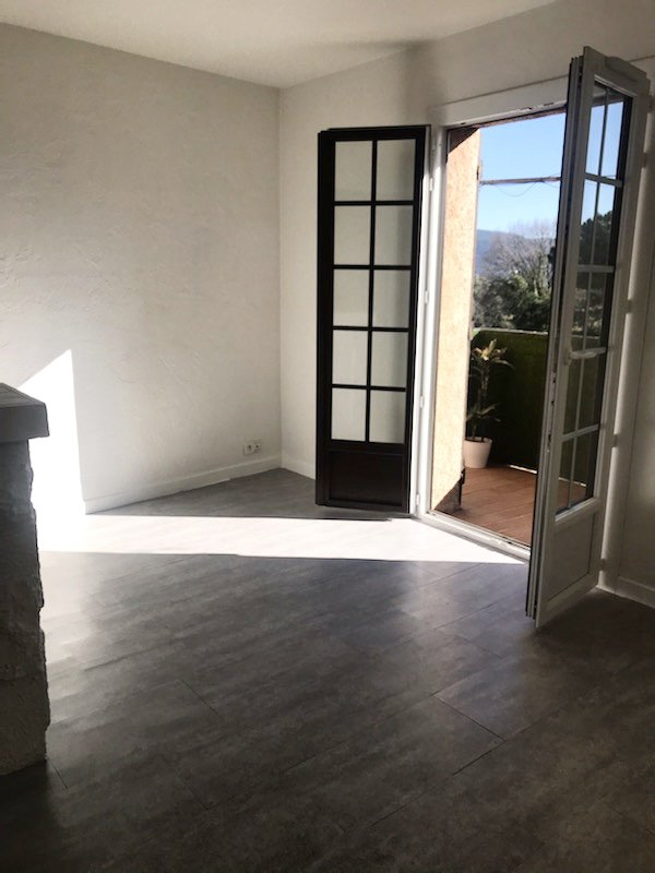 APARTMENT TYPE 2 IN GOOD CONDITION