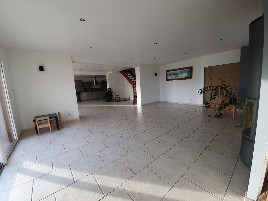 Sale House - Paimpont
