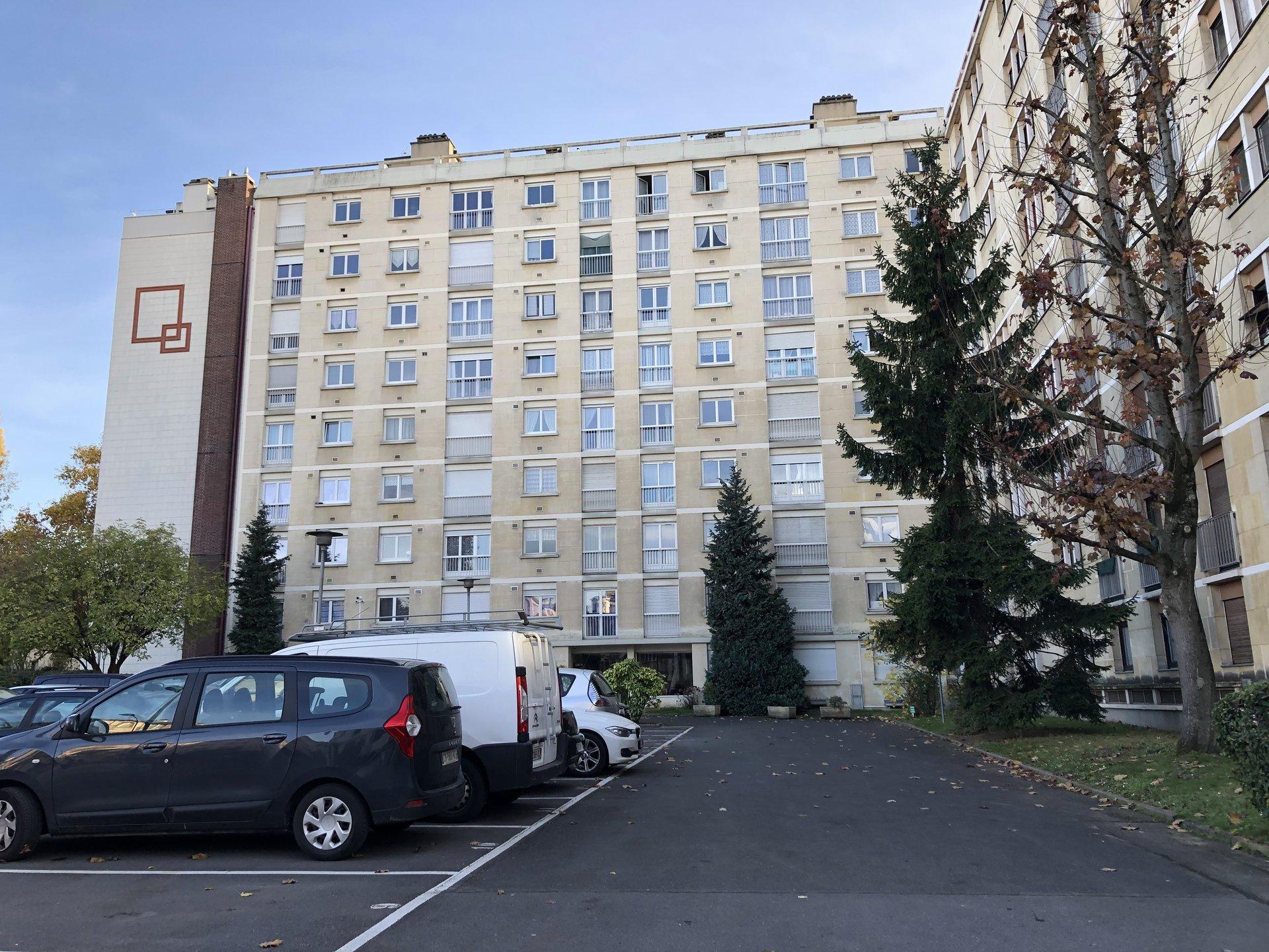 Charmant F3/4 à Asnières proche du Métro