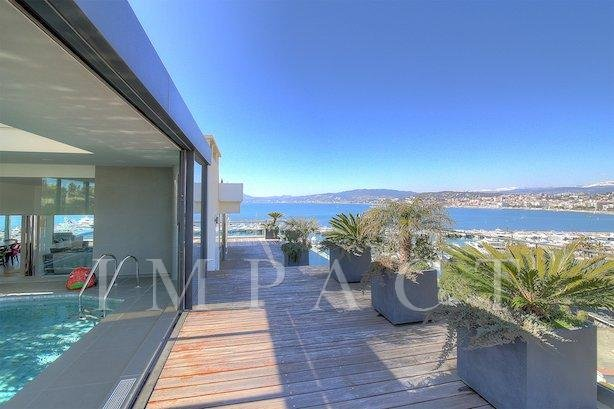 Beautiful roof top terrace to rent Cannes
