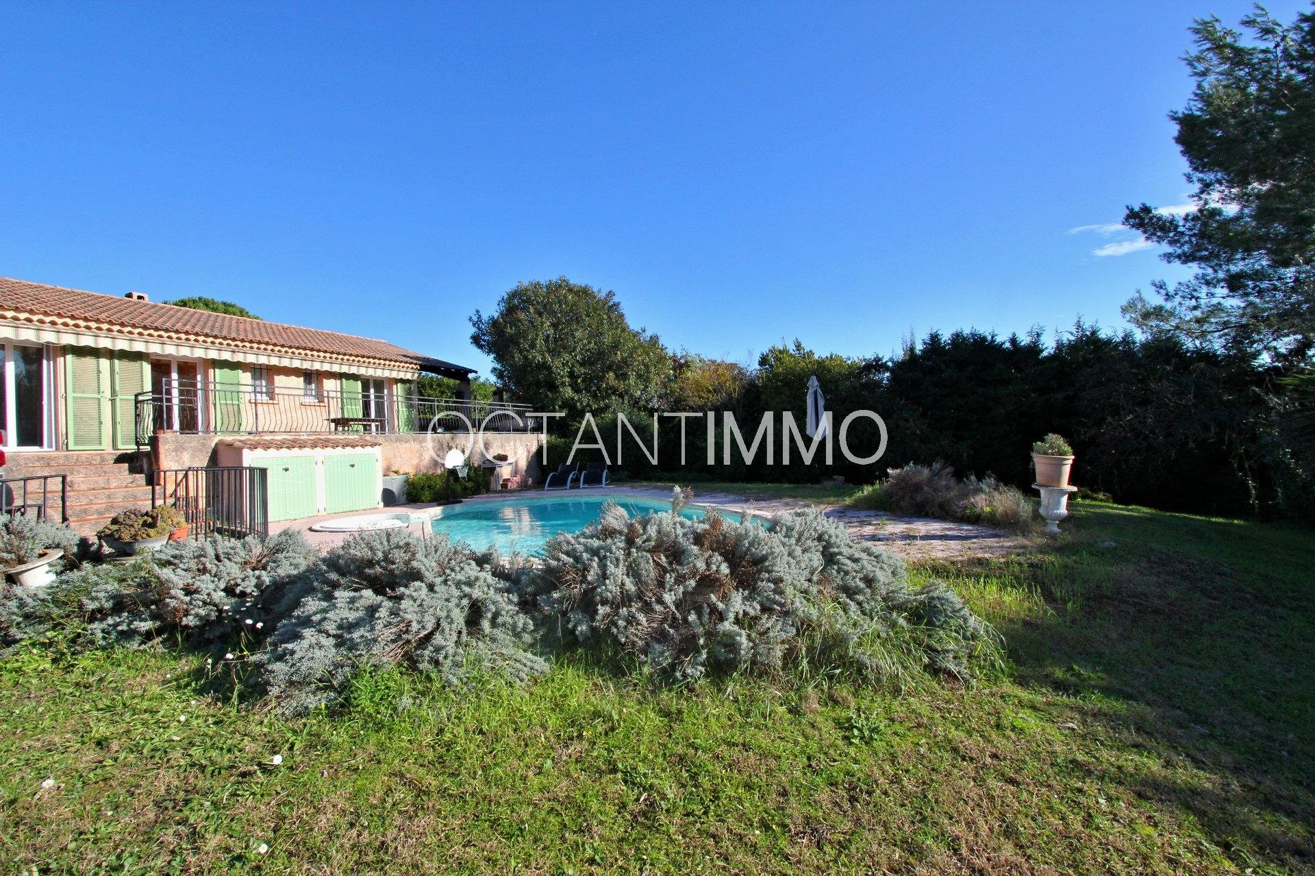 BIOT - One-storey house with 4 bedrooms