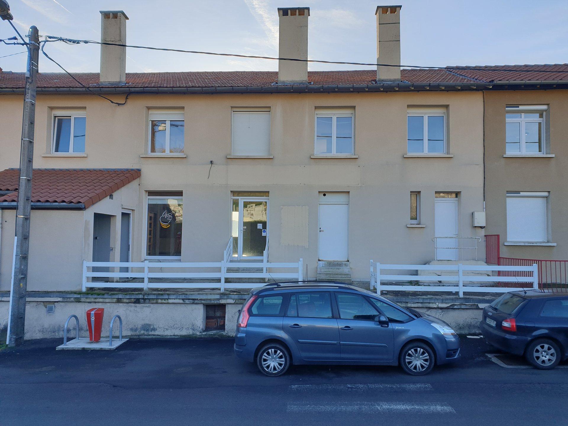 Sale Building - Le Monastier-sur-Gazeille