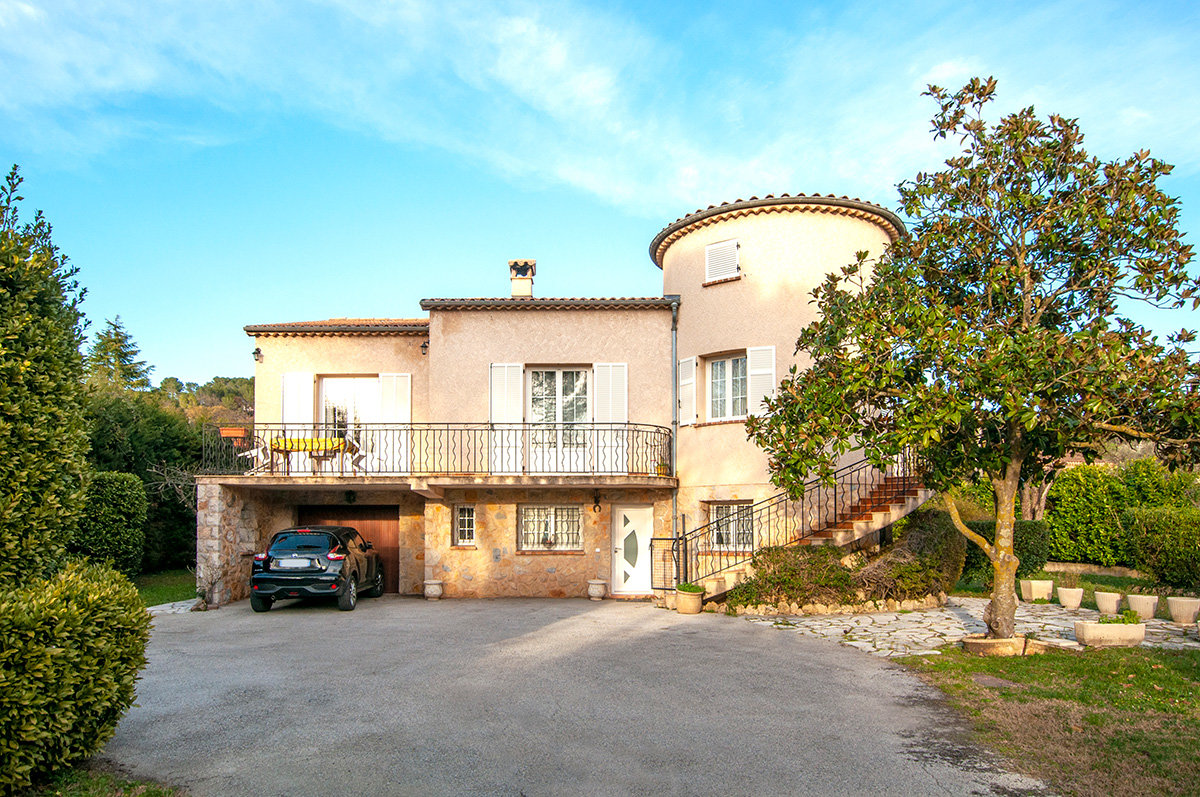 For Sale near Valbonne - 4 bed villa
