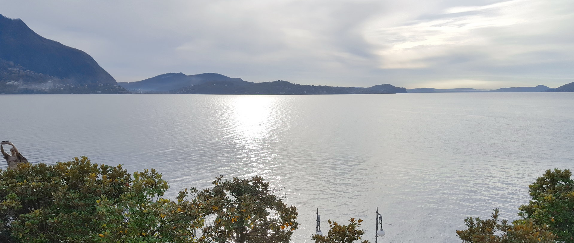 Renovated apartment for sale in Verbania in front of Lake Maggiore - view