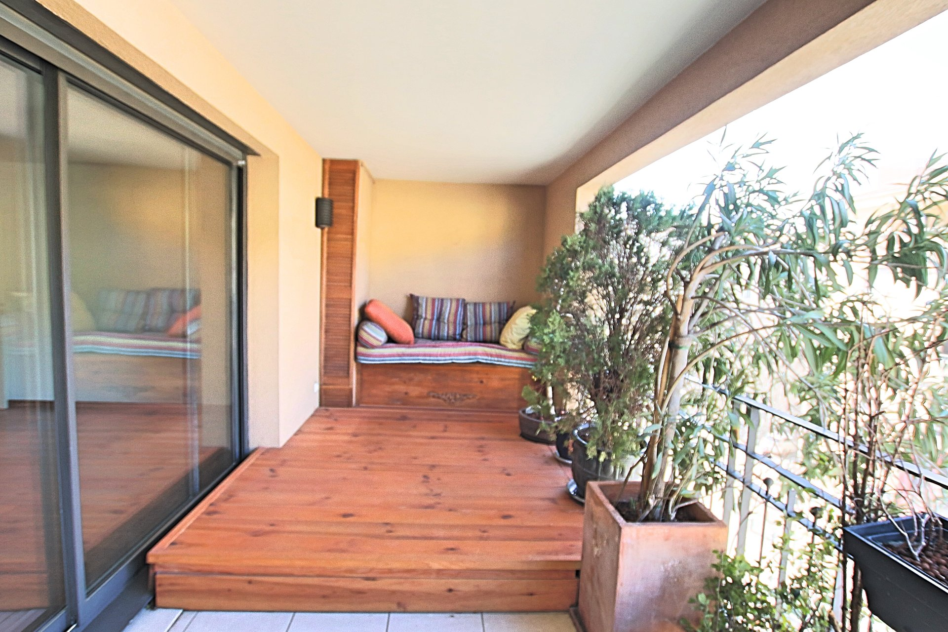 T3 terrasse Allées Provencales