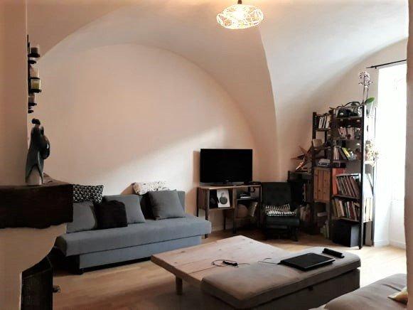 MERINDOL Maison de village T3 + Cave