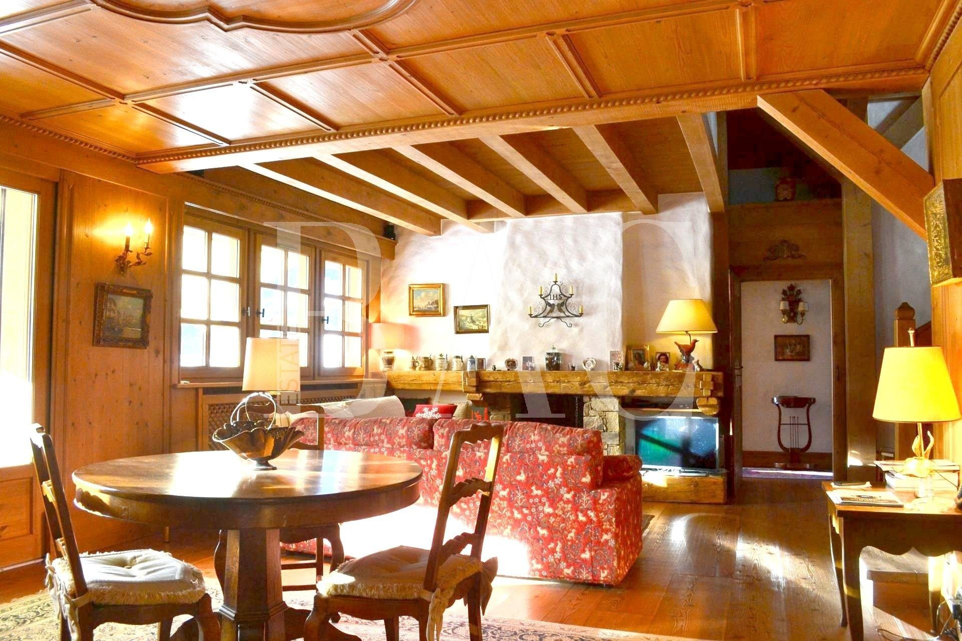Beautiful chalet handmade in Megeve